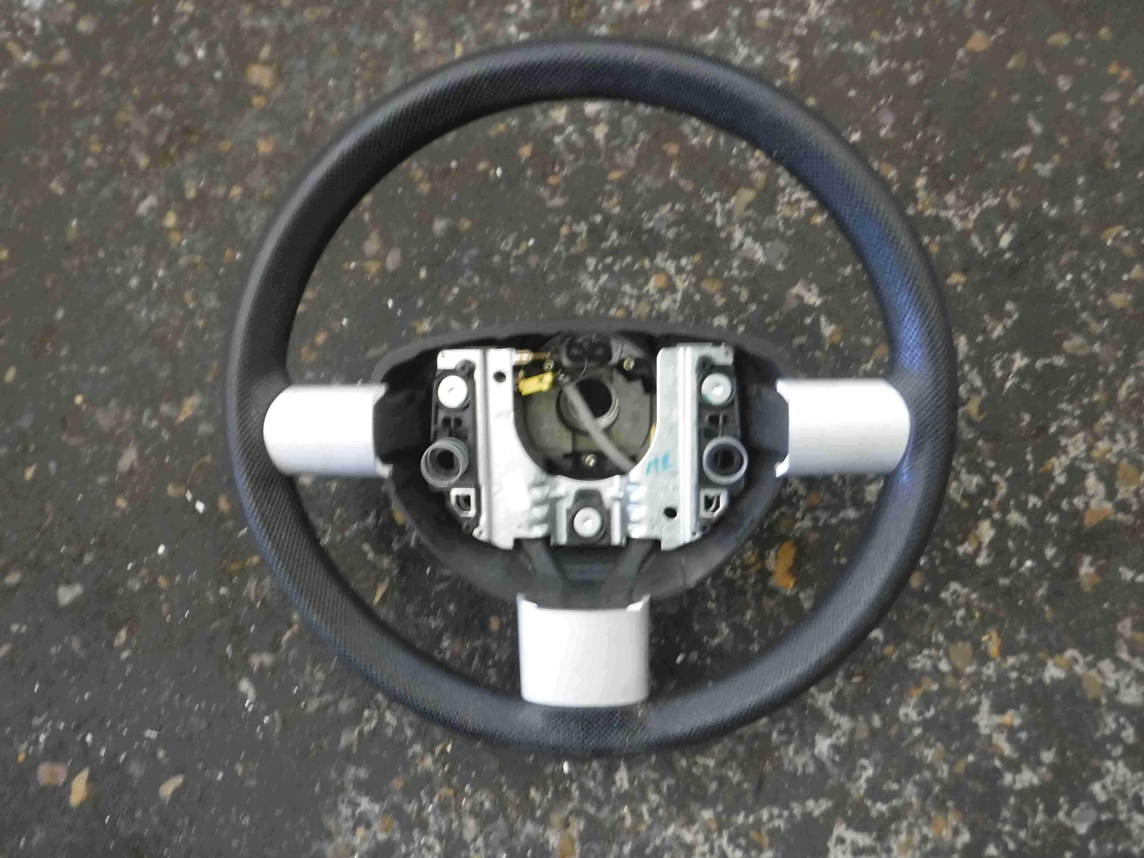 Volkswagen Beetle  Convertible 1998-2006 Steering Wheel 3 Spoke Silver Inserts