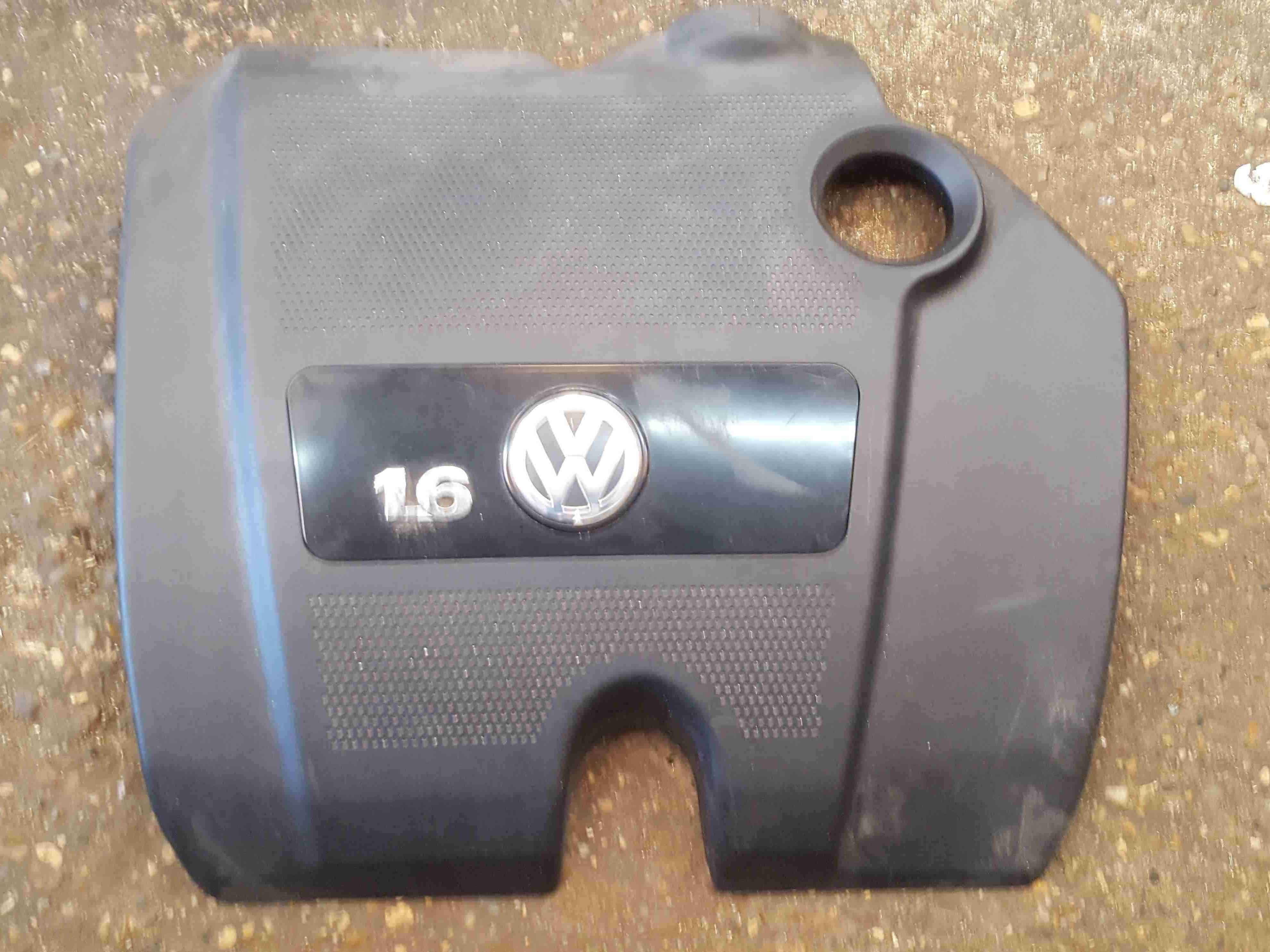 Volkswagen Beetle 1998-2005 1.6 Engine Cover 06A103925DE