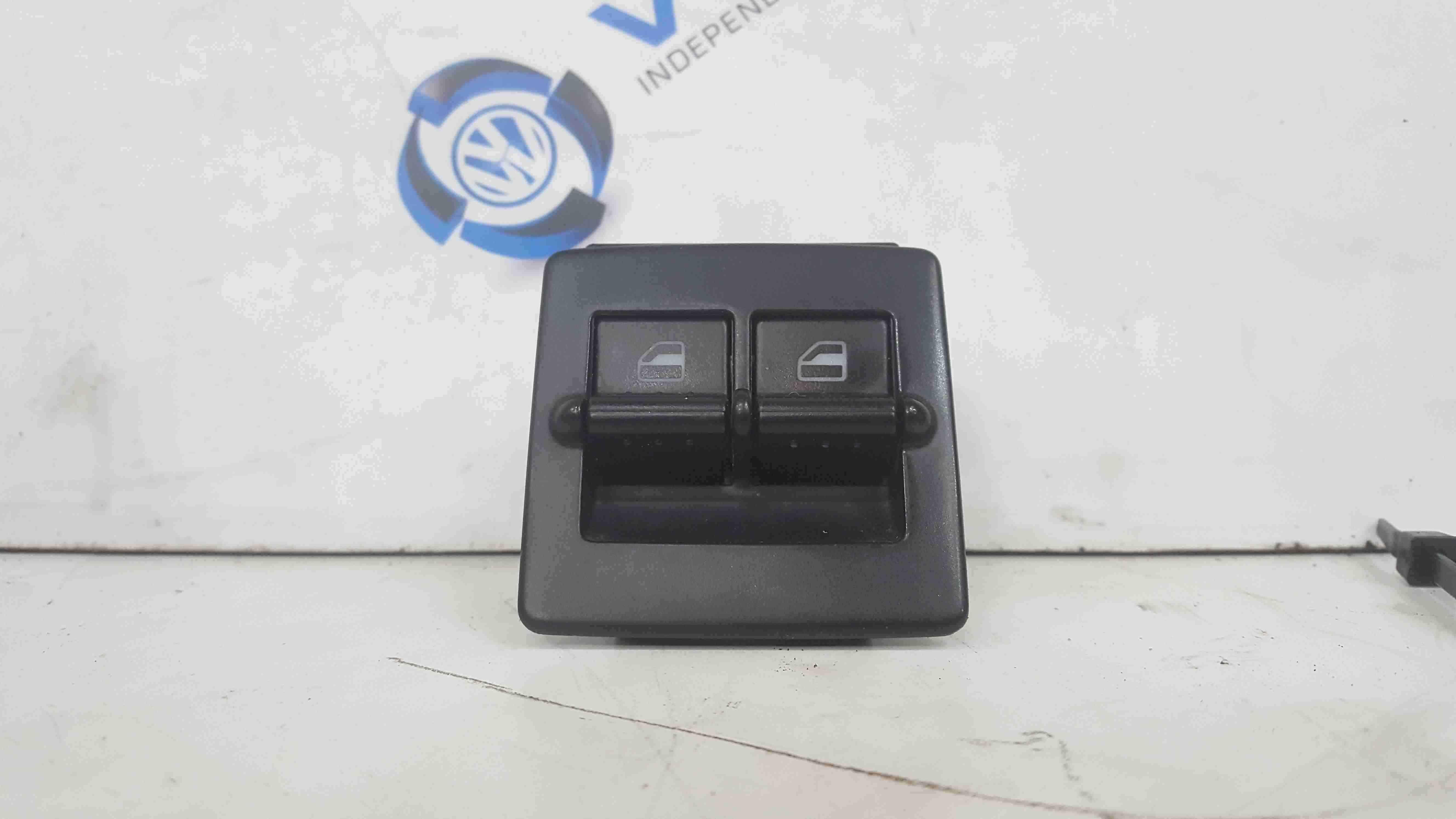 Volkswagen Beetle 1998-2006 Drivers OSF Front Window Switch 1C0959527