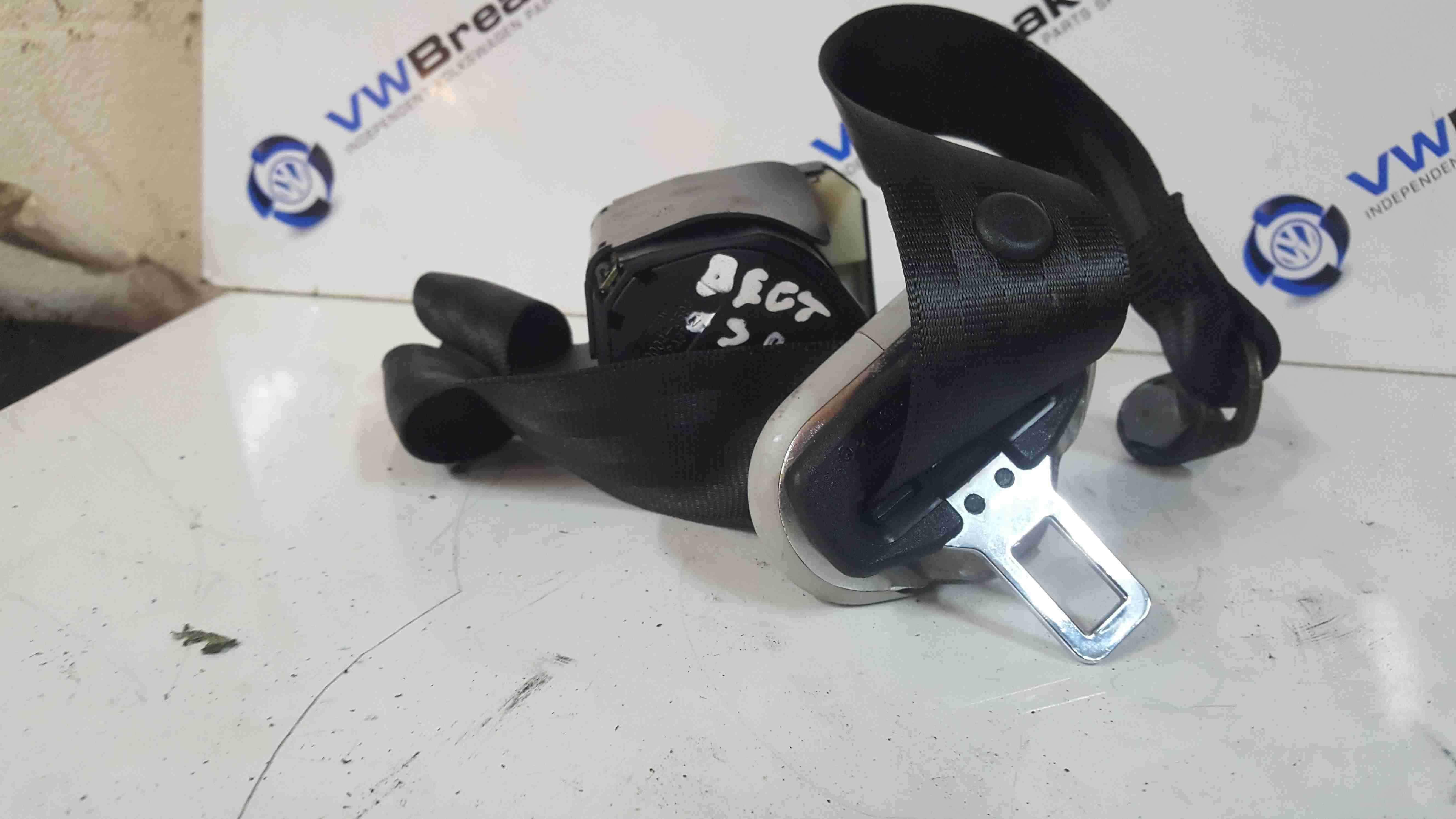 Volkswagen Beetle 1998-2006 Drivers OSR Rear Seat Belt