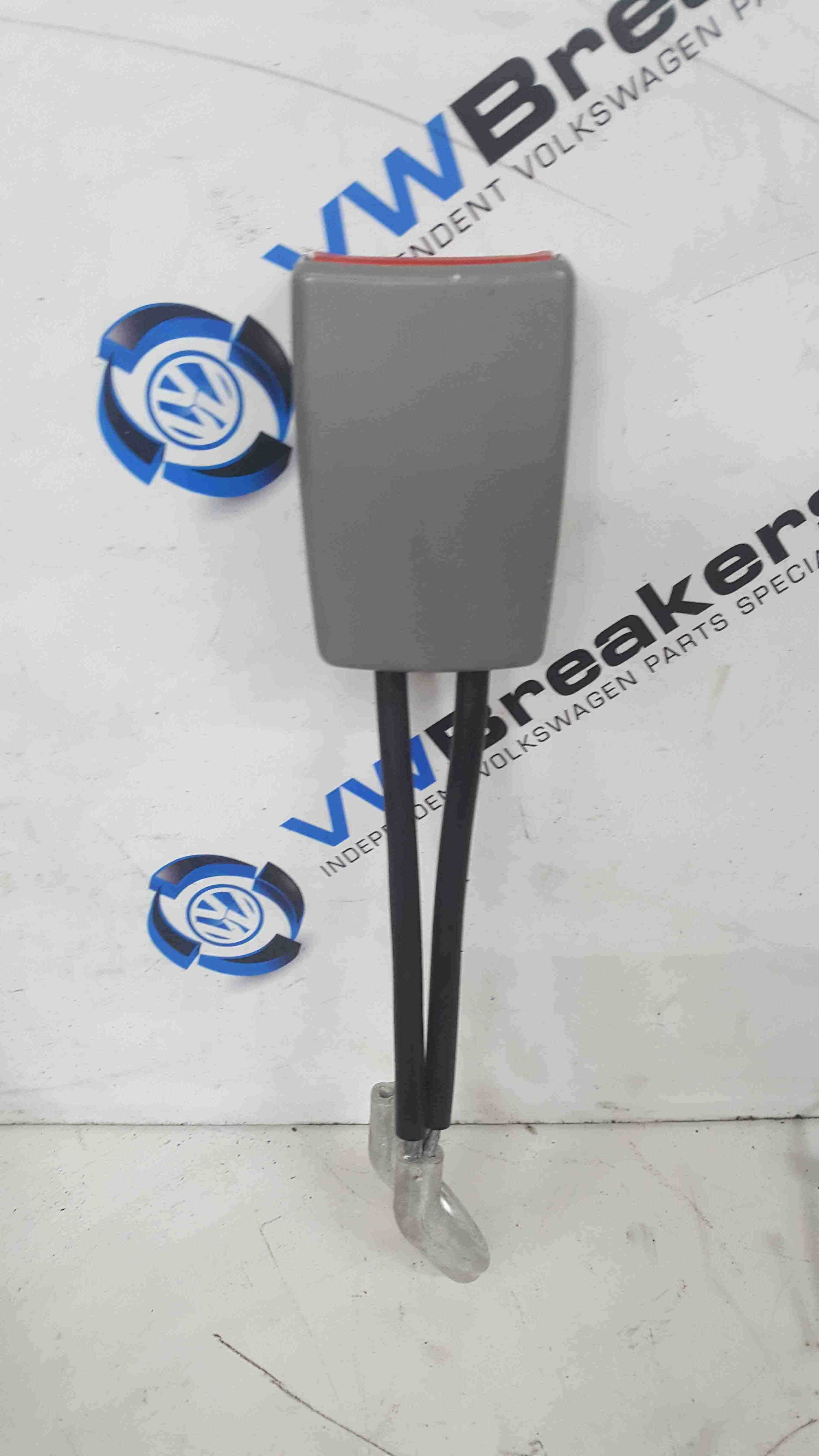Volkswagen Beetle 1998-2006 Drivers OSR Rear Seat Belt Buckle Anchor 1C0858494A