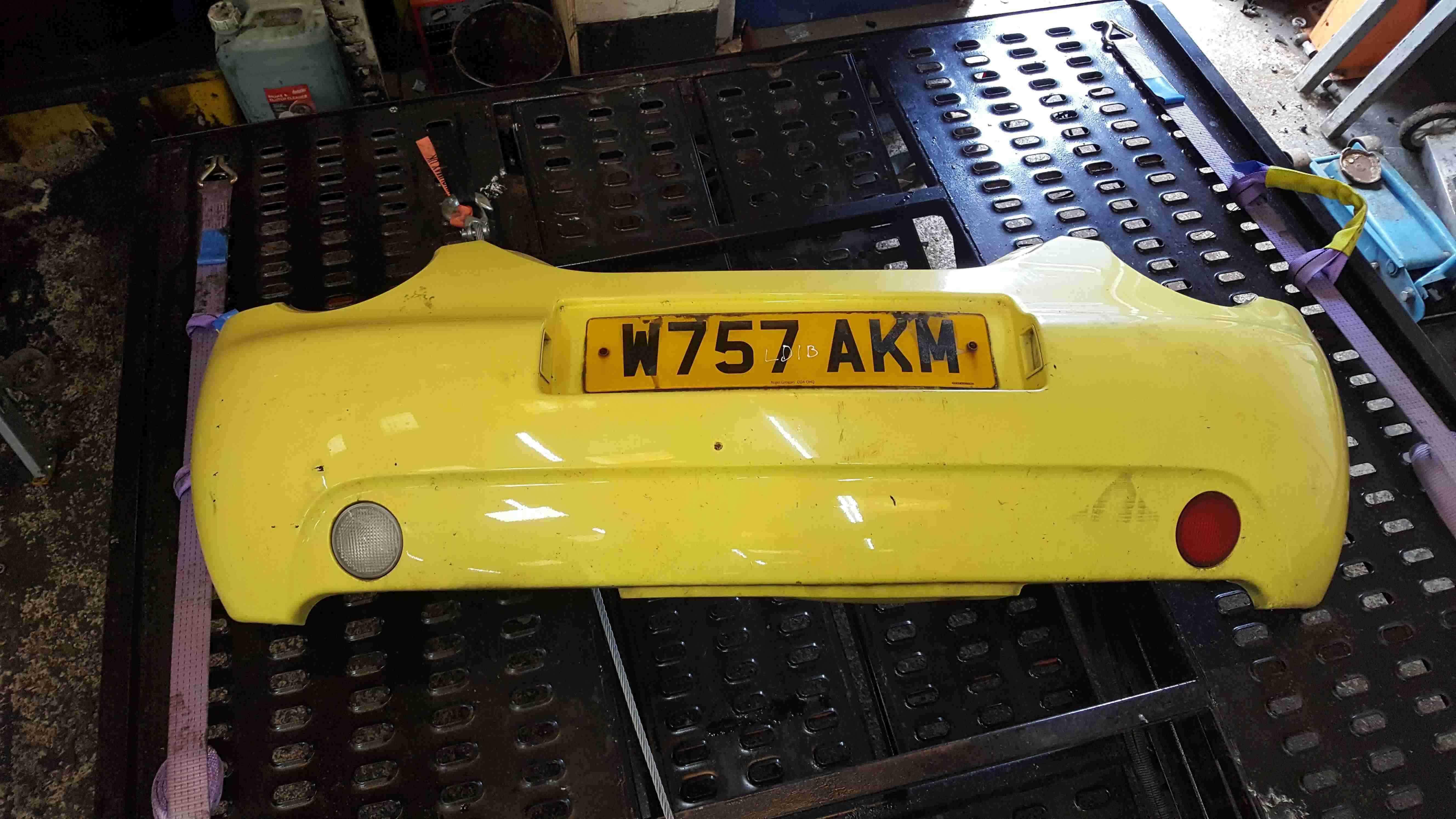 Volkswagen Beetle 1998-2006 Rear Bumper Yellow LD1B