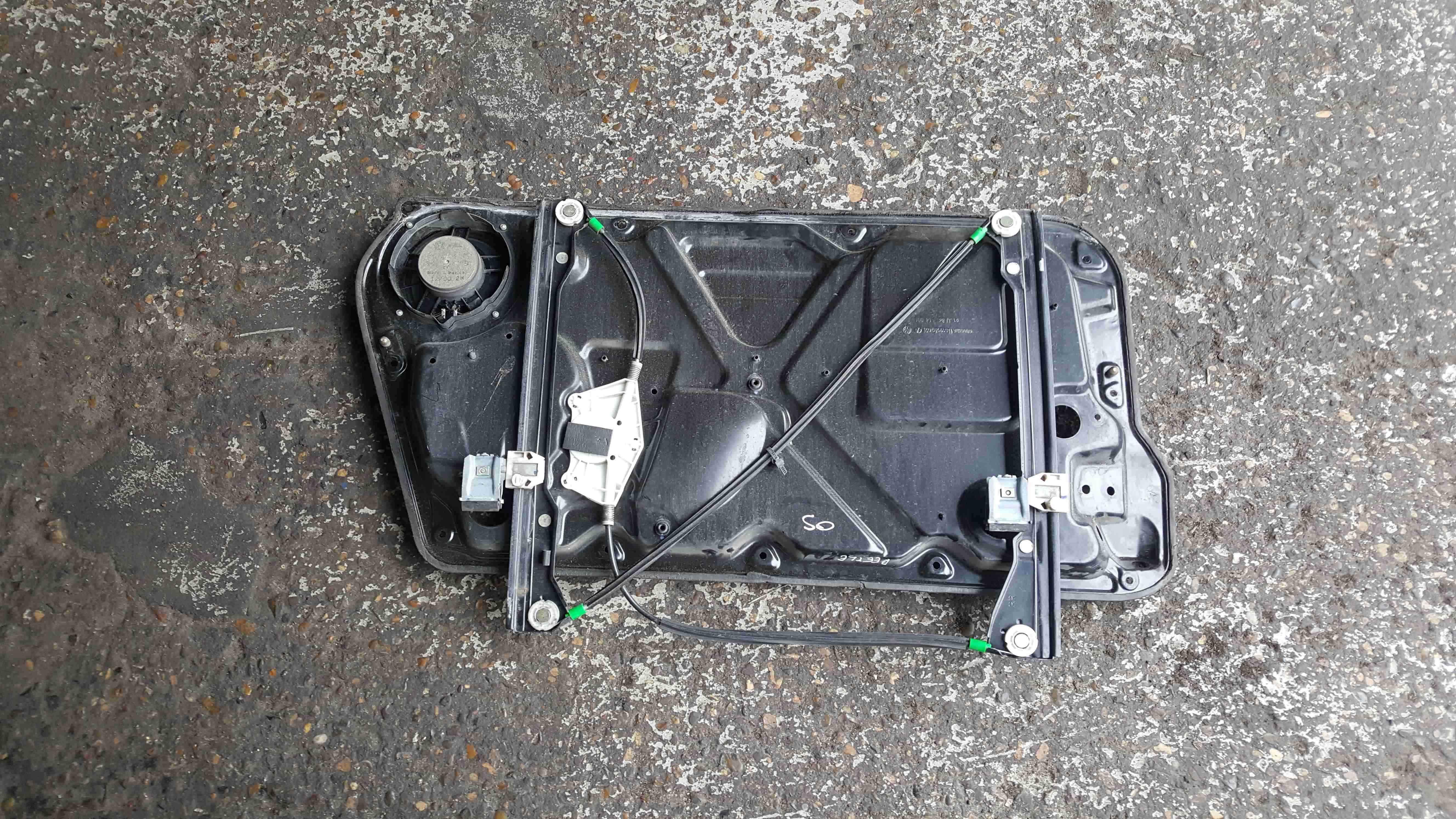 Volkswagen Beetle 2006-2011 Drivers OSF Front Window Regulator 1C0837752