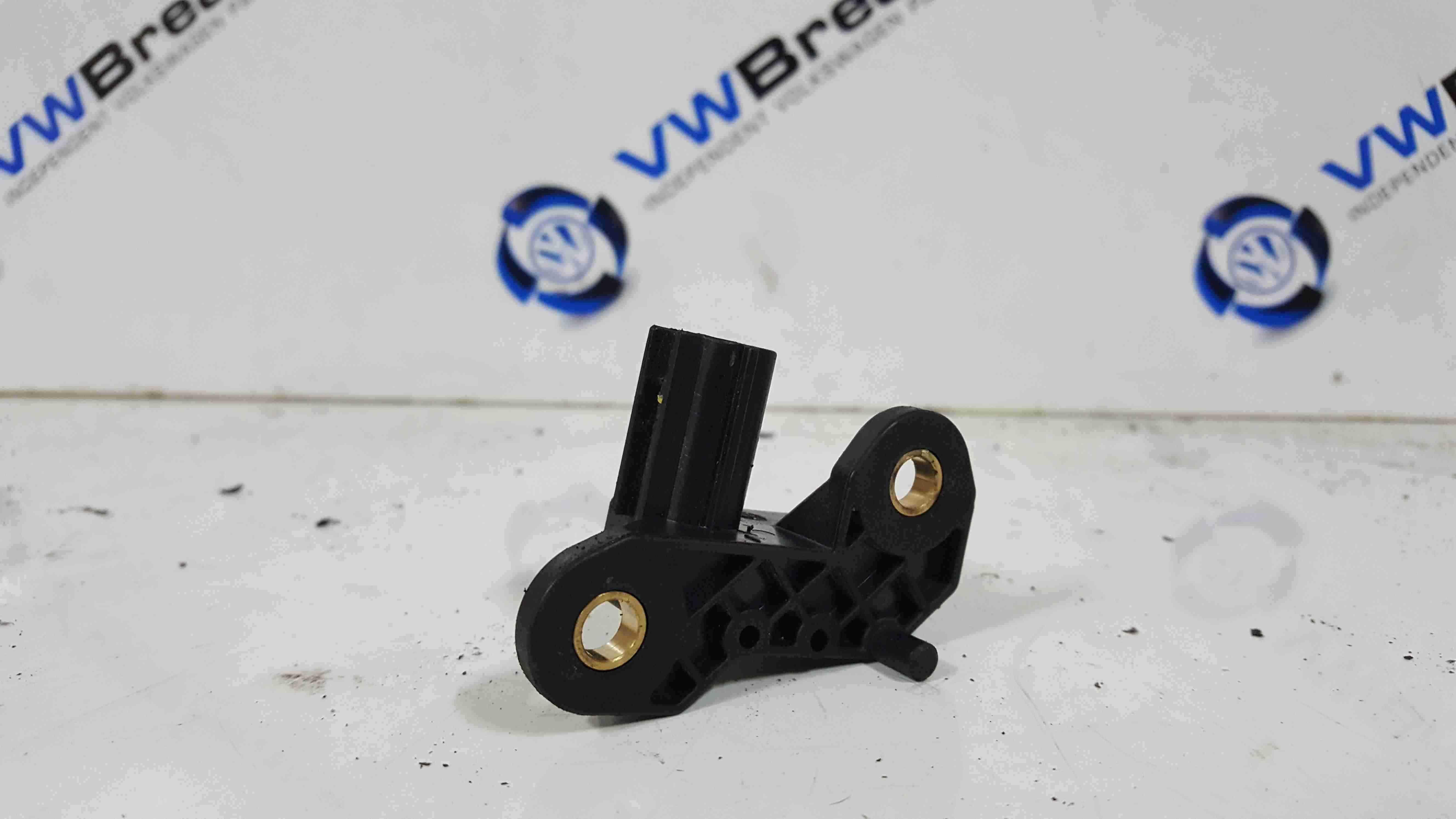 Volkswagen Beetle Convertible 2002-2006 Airbag Crash Impact Sensor 1F0909606