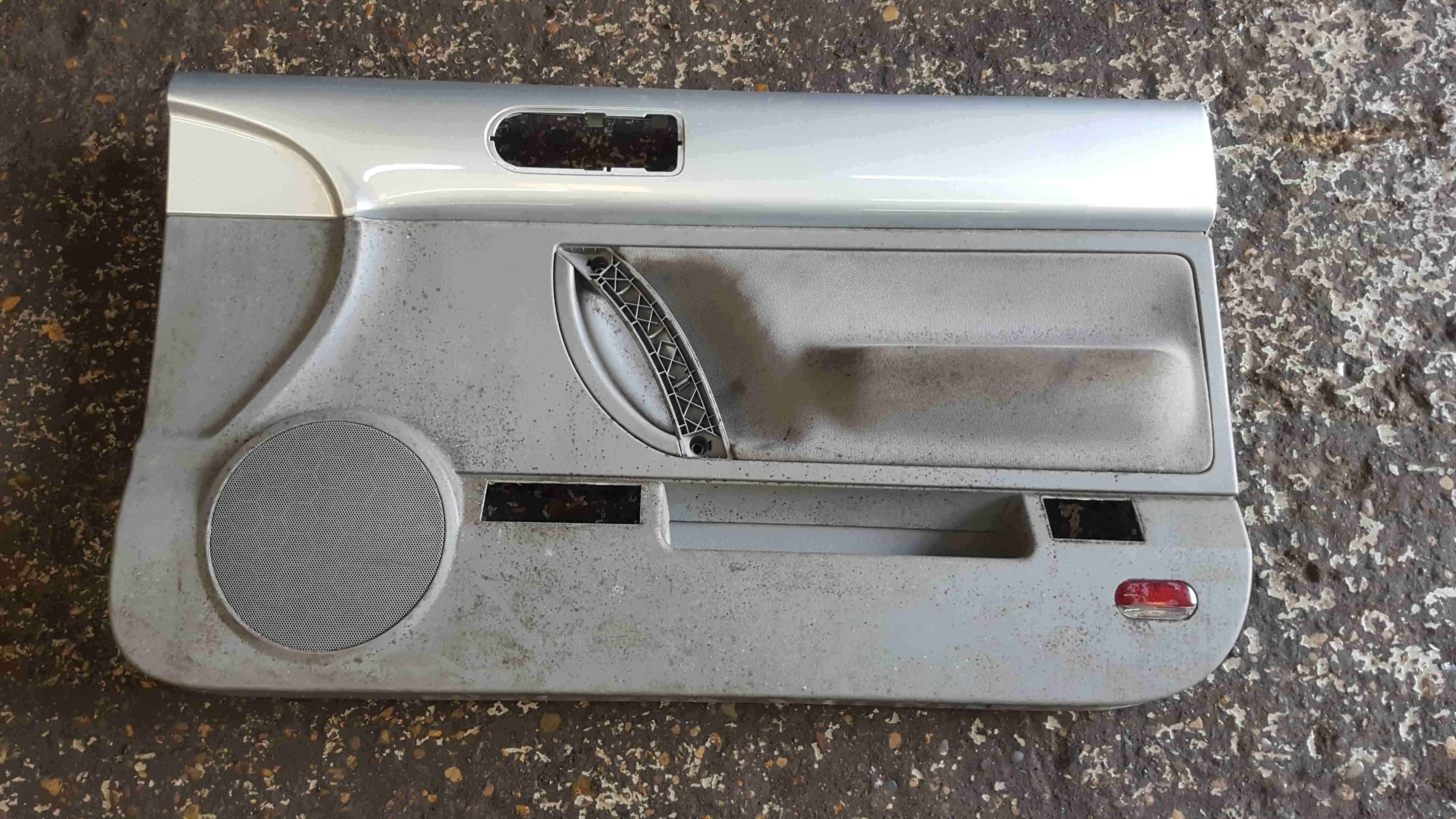 Volkswagen Beetle Convertible 2002-2006 Drivers OSF Front Door Card Silver