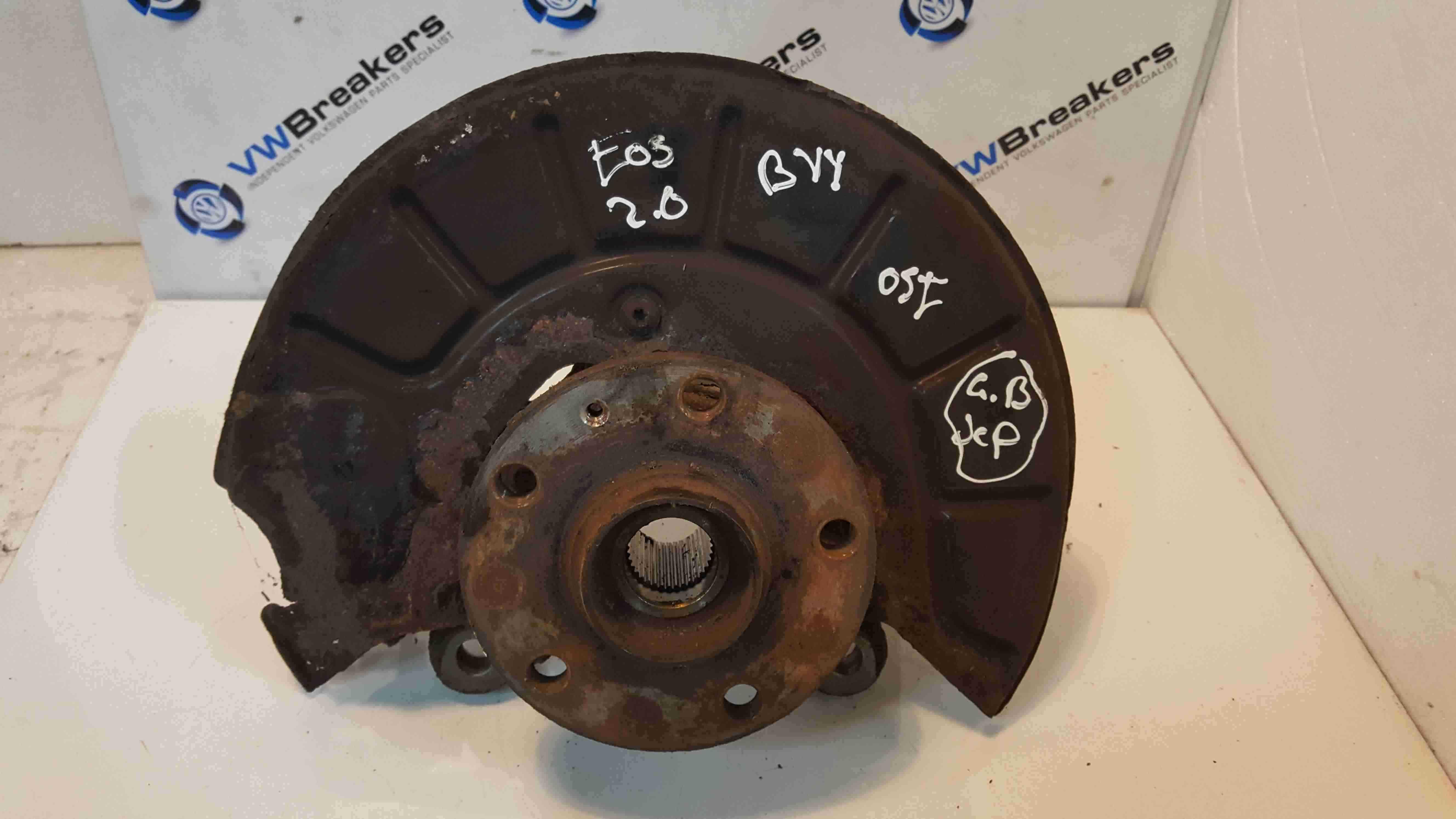 Volkswagen EOS 2006-2015 2.0 FSi Drivers OSF Front Wheel Hub