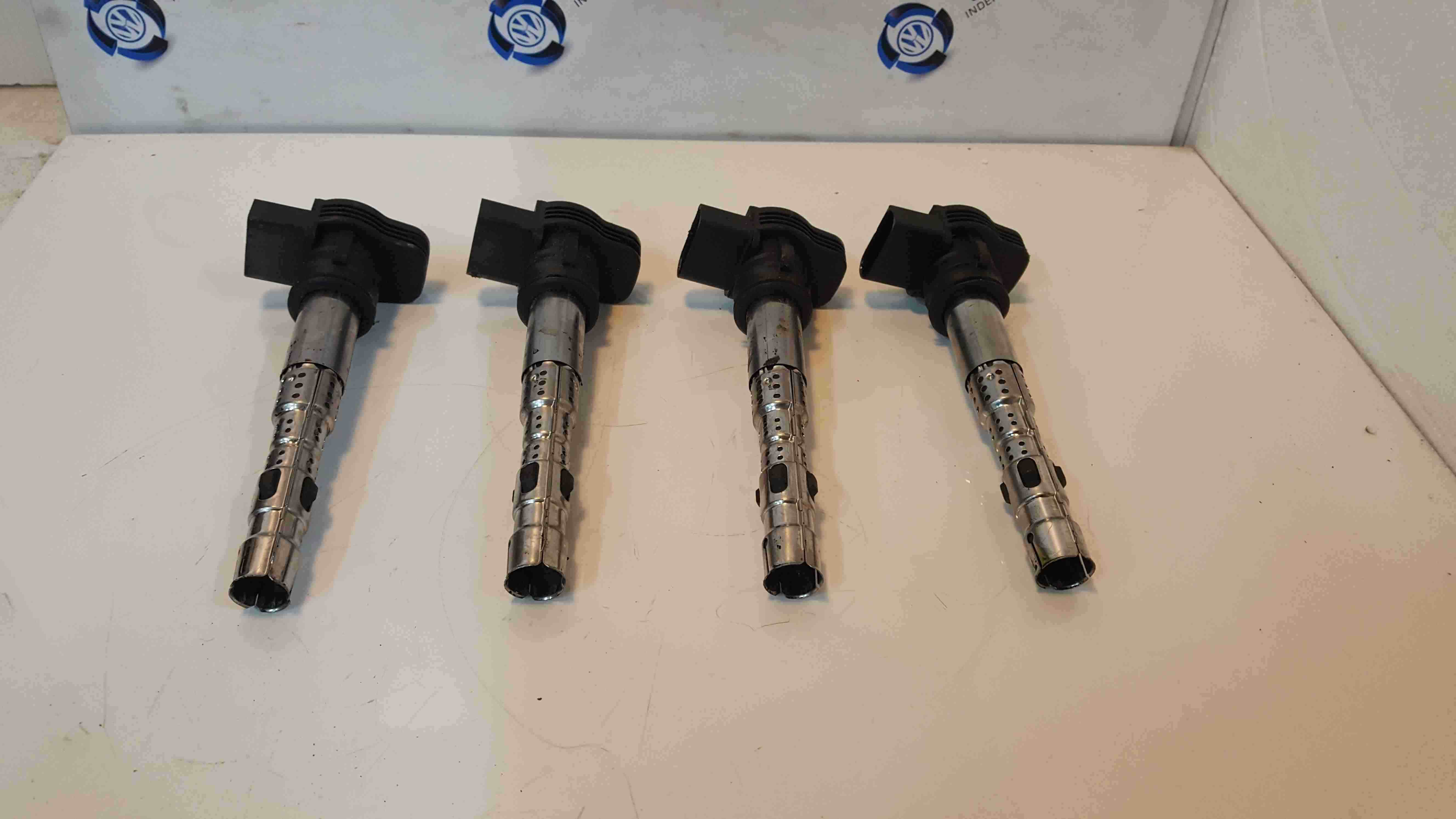 Volkswagen EOS 2006-2015 2.0 FSi Ignition Coil Pencils Set X4 06F905115F