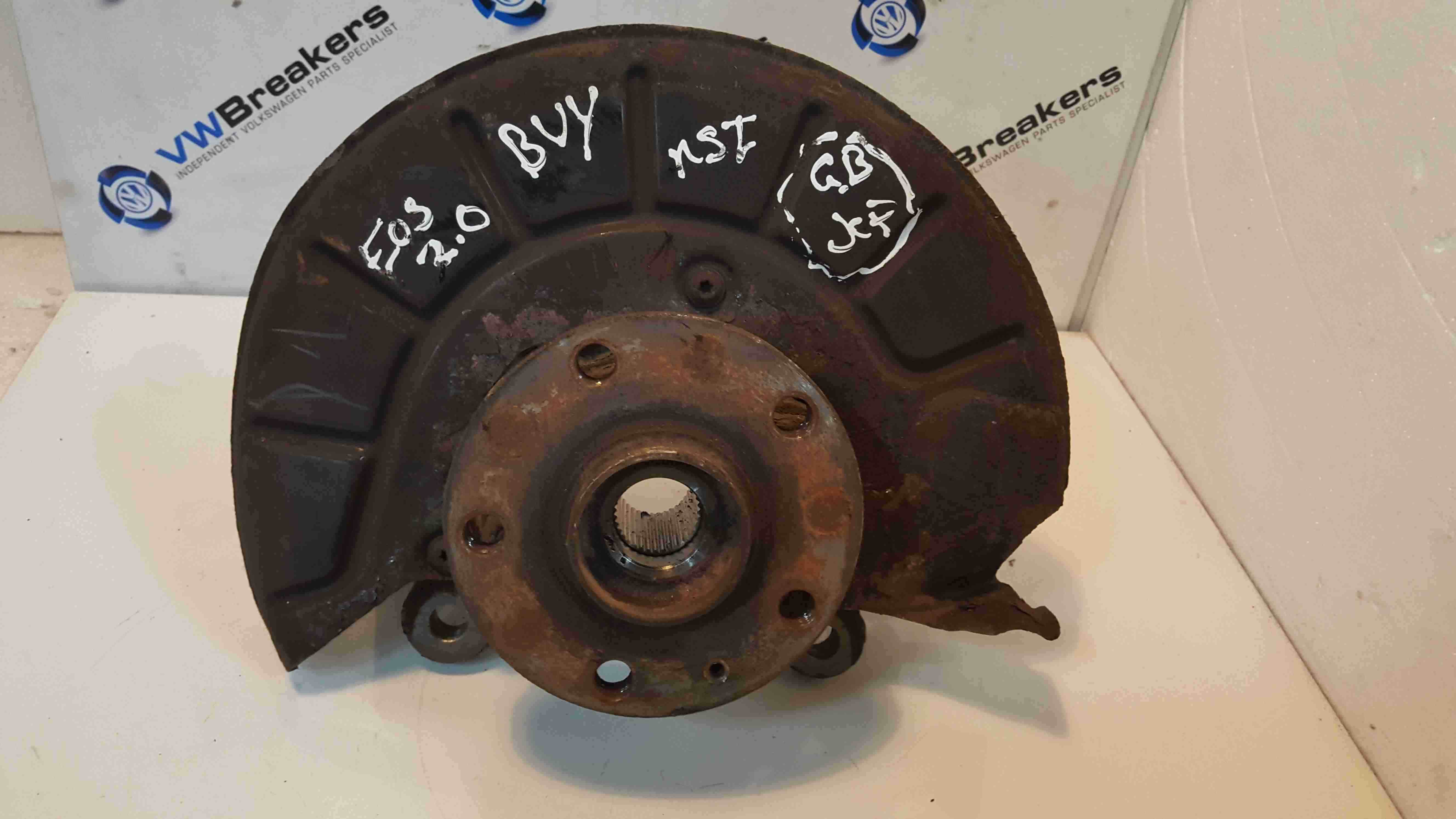 Volkswagen EOS 2006-2015 2.0 FSi Passenger NSF Front Wheel Hub