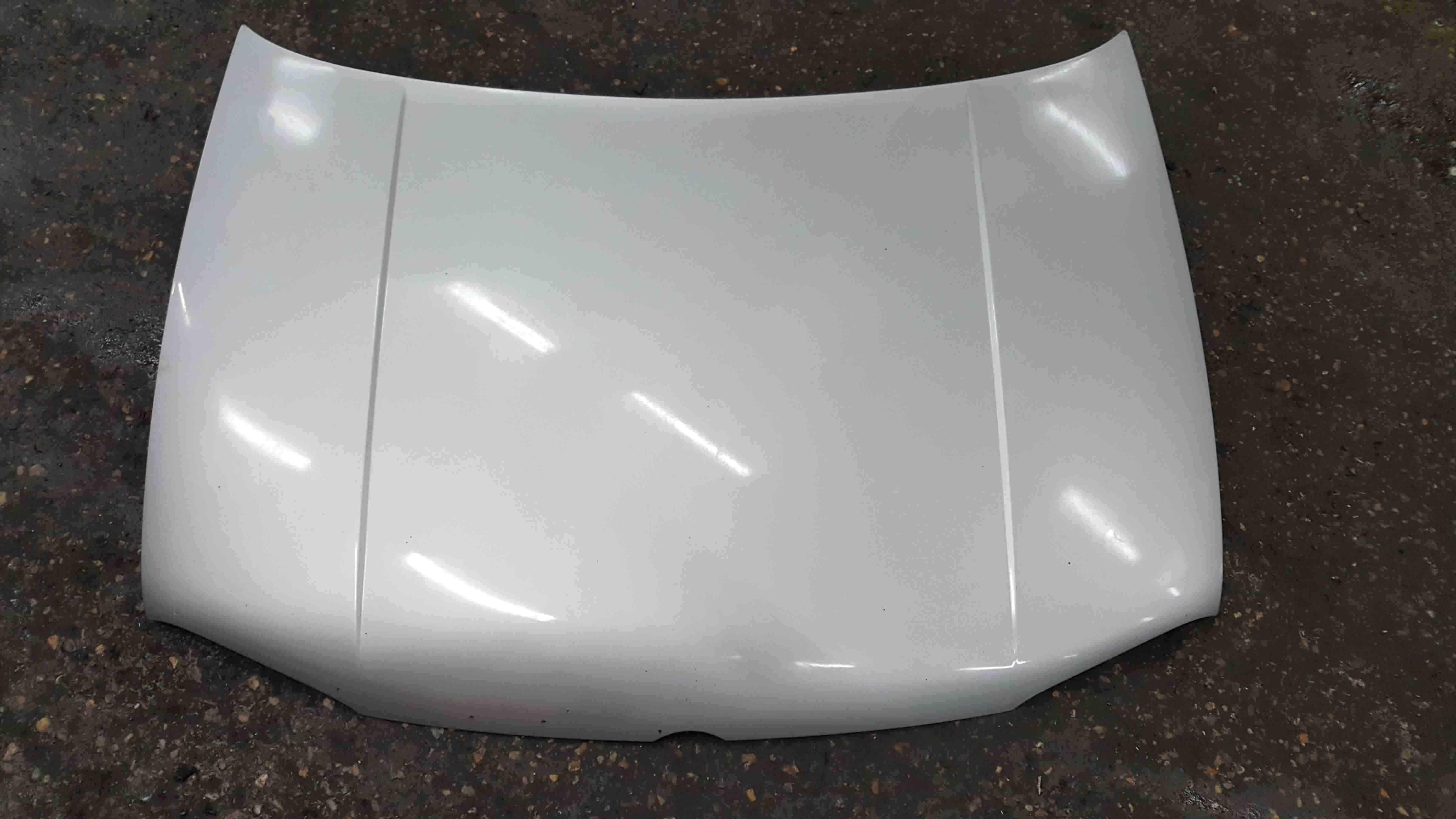 Volkswagen Golf MK4 1997-2004 Front Bonnet Silver LA7W