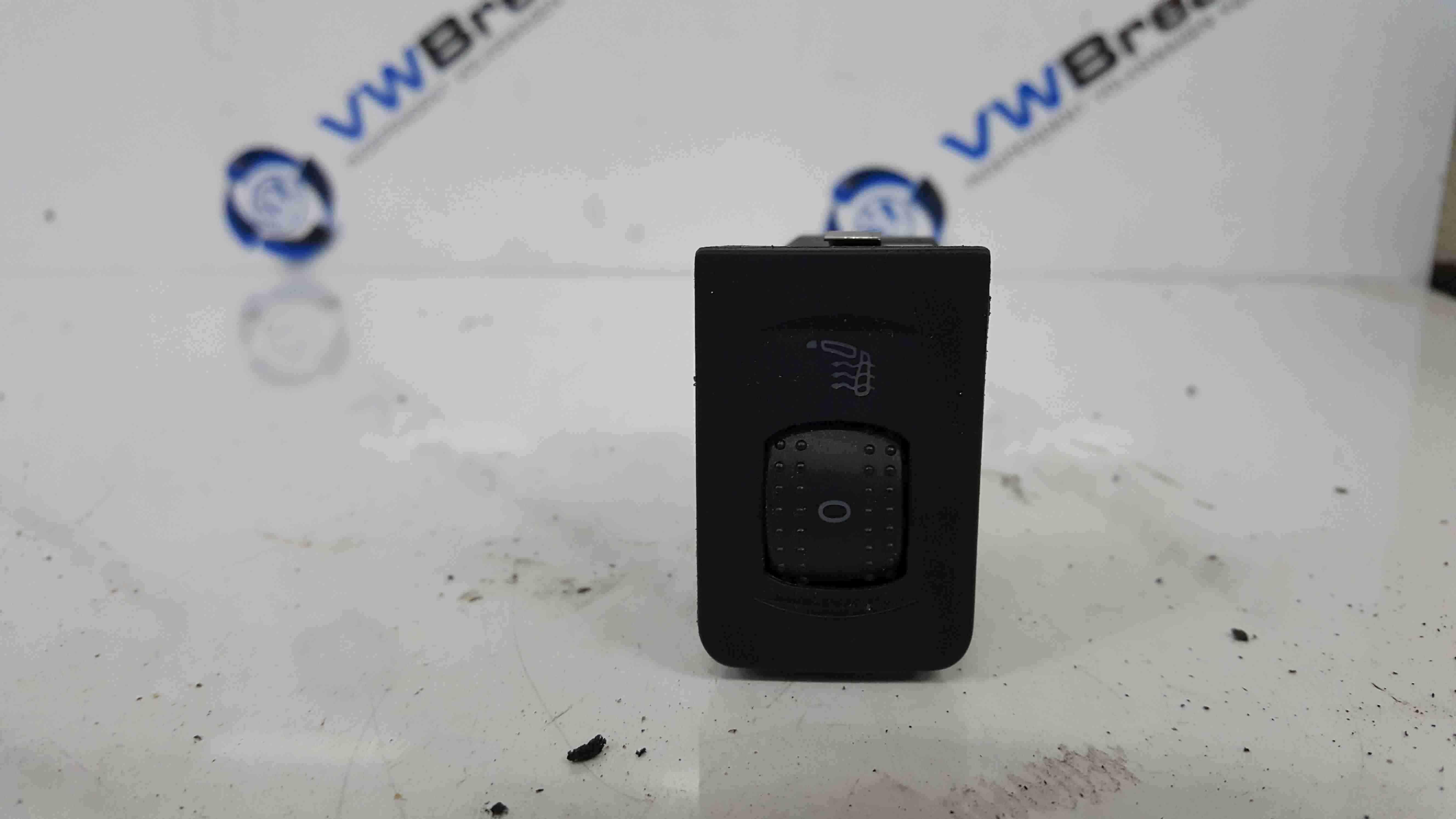 Volkswagen Golf MK4 1997-2004 Heated Seat Button Switch 1j0963563c