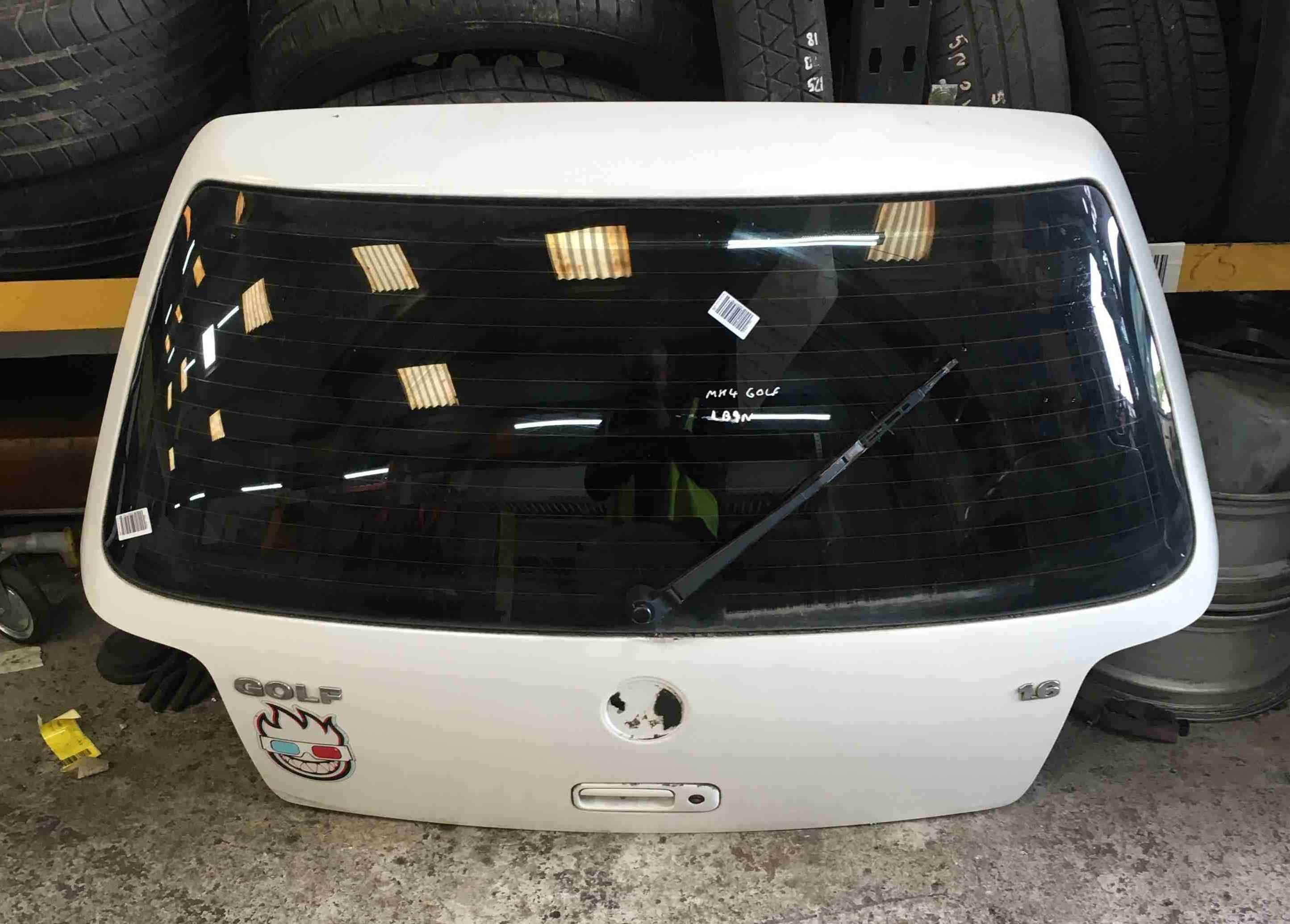 volkswagen golf mk4 1997 2004 rear boot tailgate white. Black Bedroom Furniture Sets. Home Design Ideas