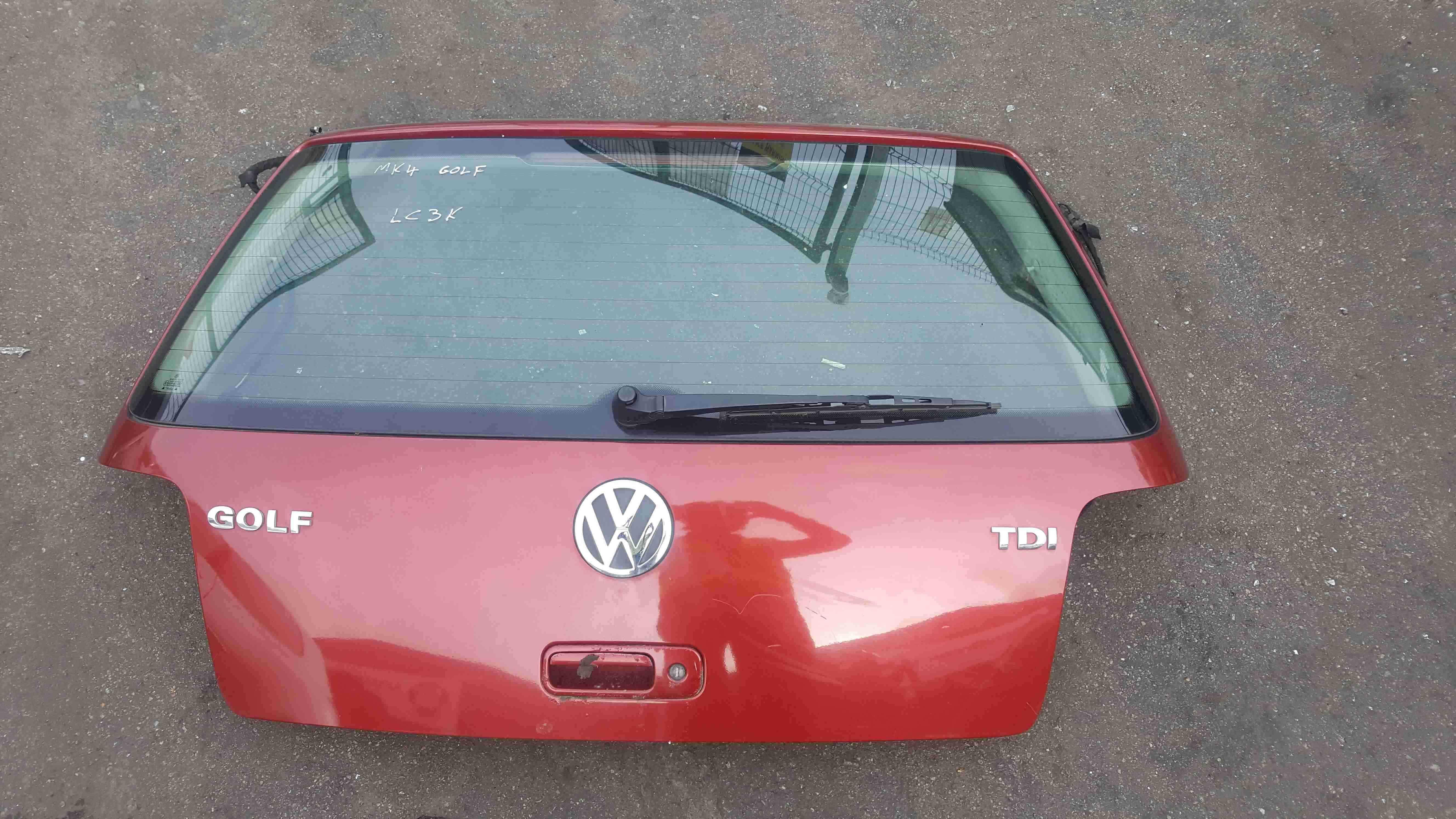 Volkswagen Golf MK4 1997-2004 Rear Tailgate Boot Red LC3K