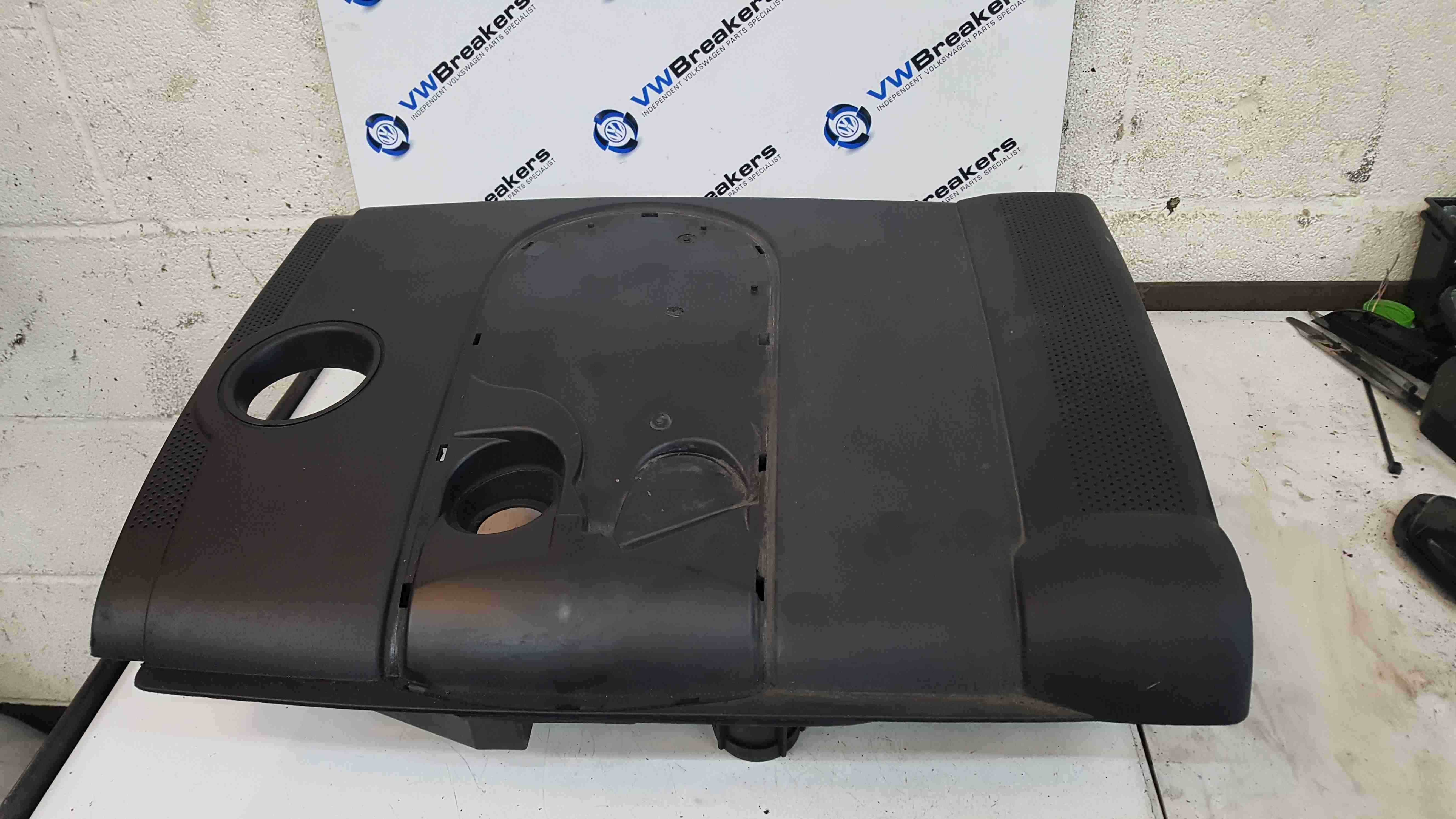 Volkswagen Golf MK5 2003-2009 1.6 FSi Engine Cover Plastic 03C129607N