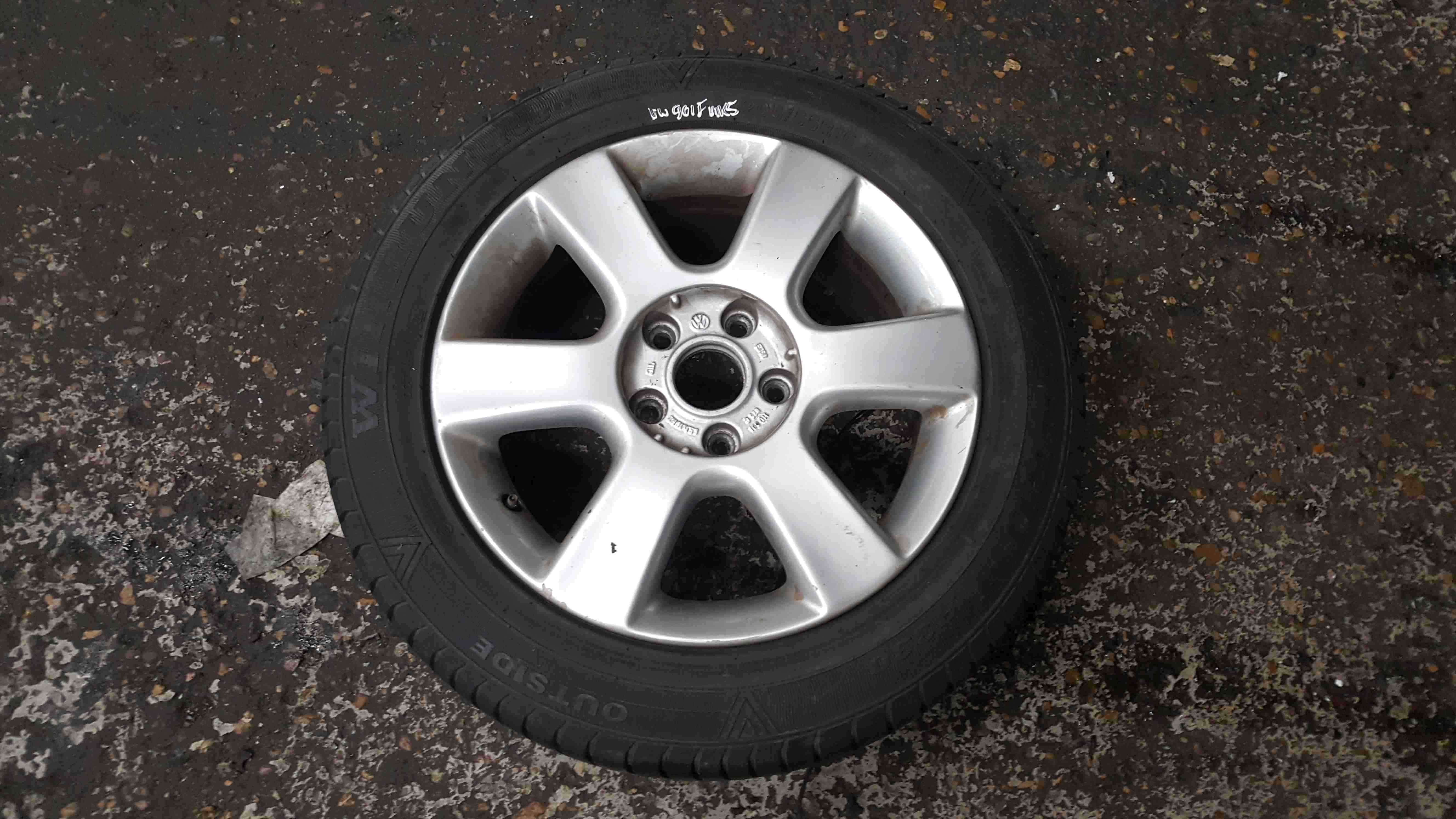 Volkswagen Golf MK5 2003-2009 Alloy Wheel  Tyre 16inch
