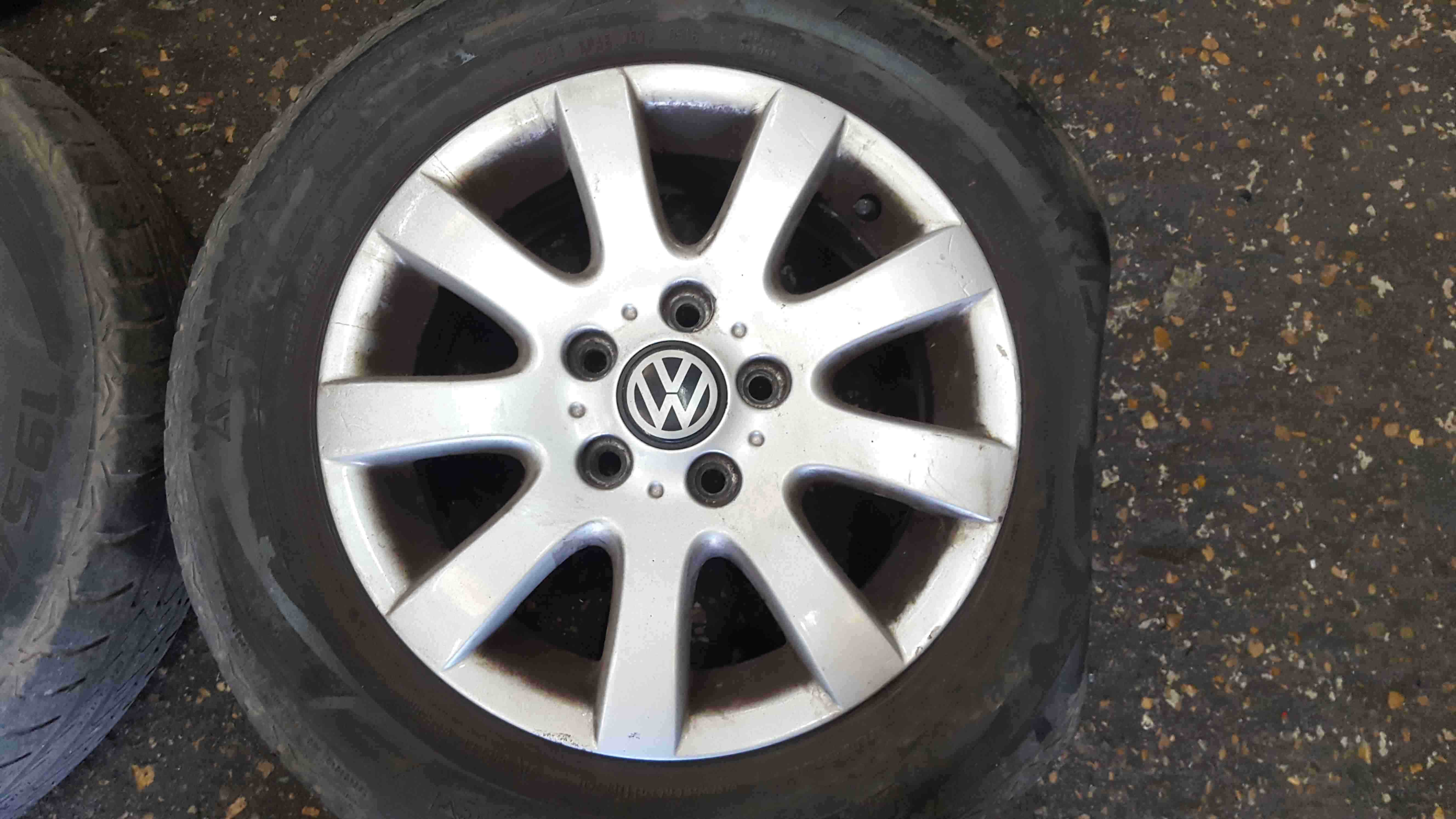 Volkswagen Golf MK5 2003-2009 Alloy Wheels Set X4 15inch 1K0601025A