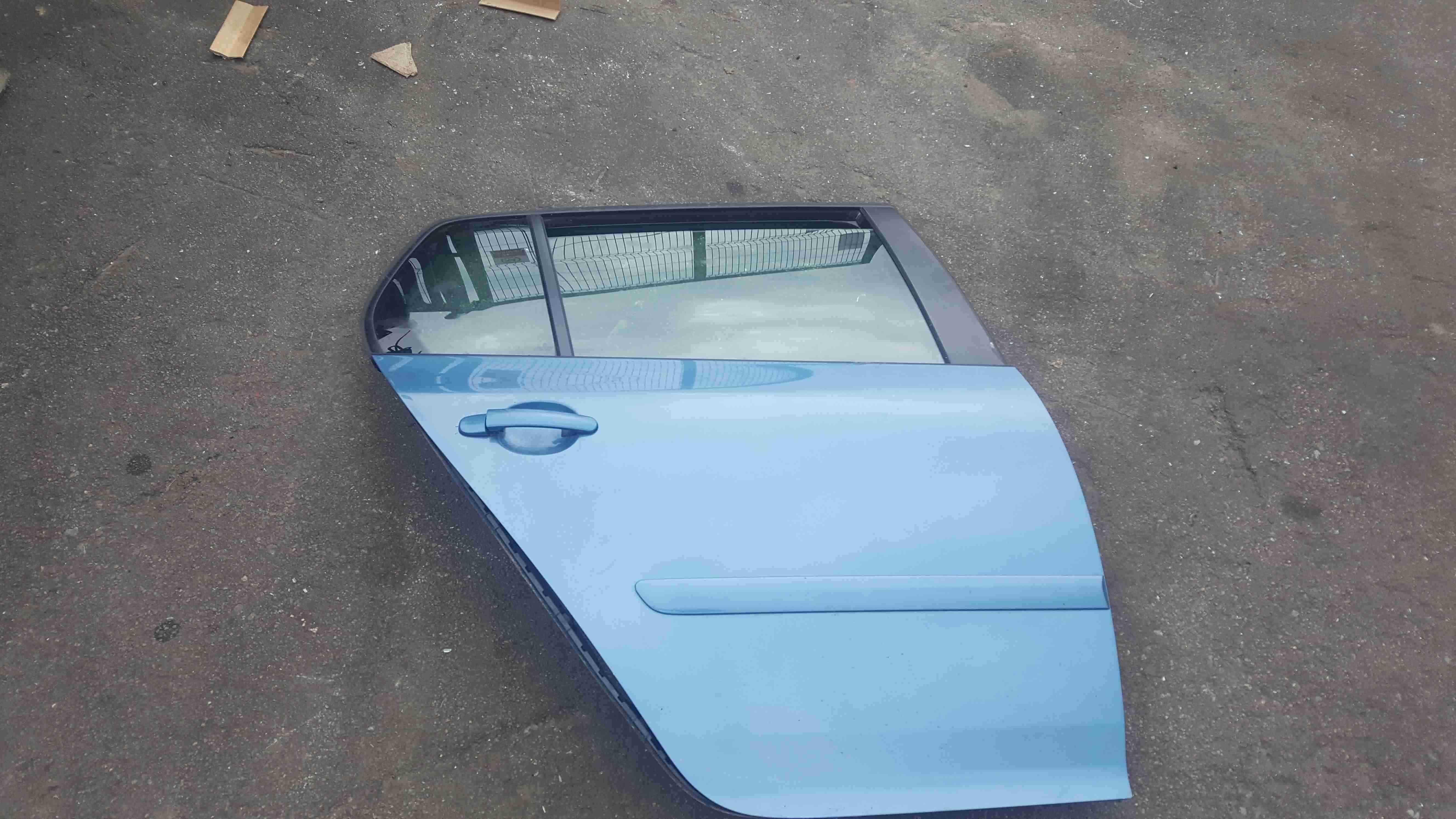 Volkswagen Golf MK5 2003-2009 Drivers OSR Rear Door Blue LA5S 5dr