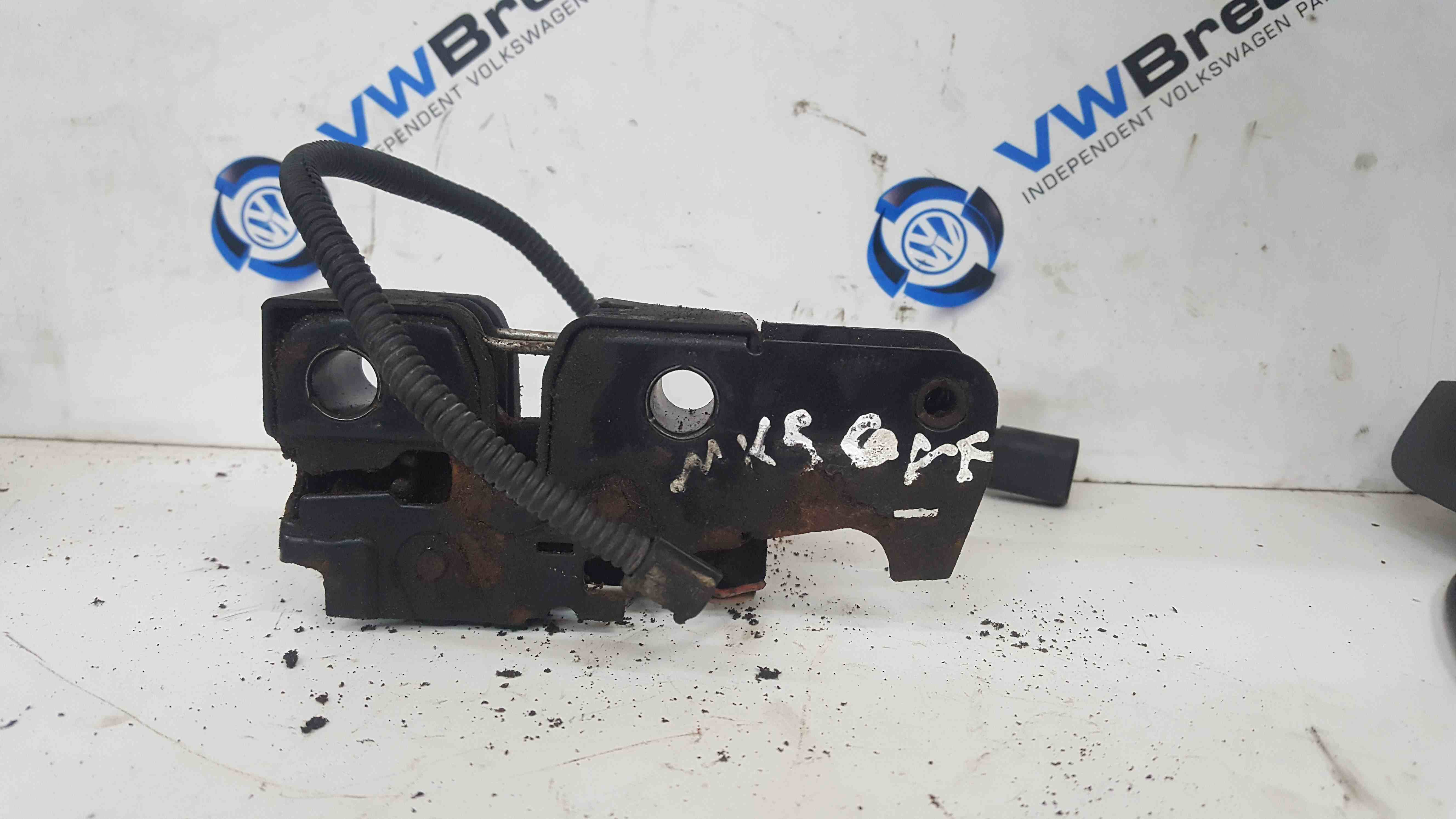 Volkswagen Golf MK5 2003-2009 Front Bonnet Catch Latch Mechanism