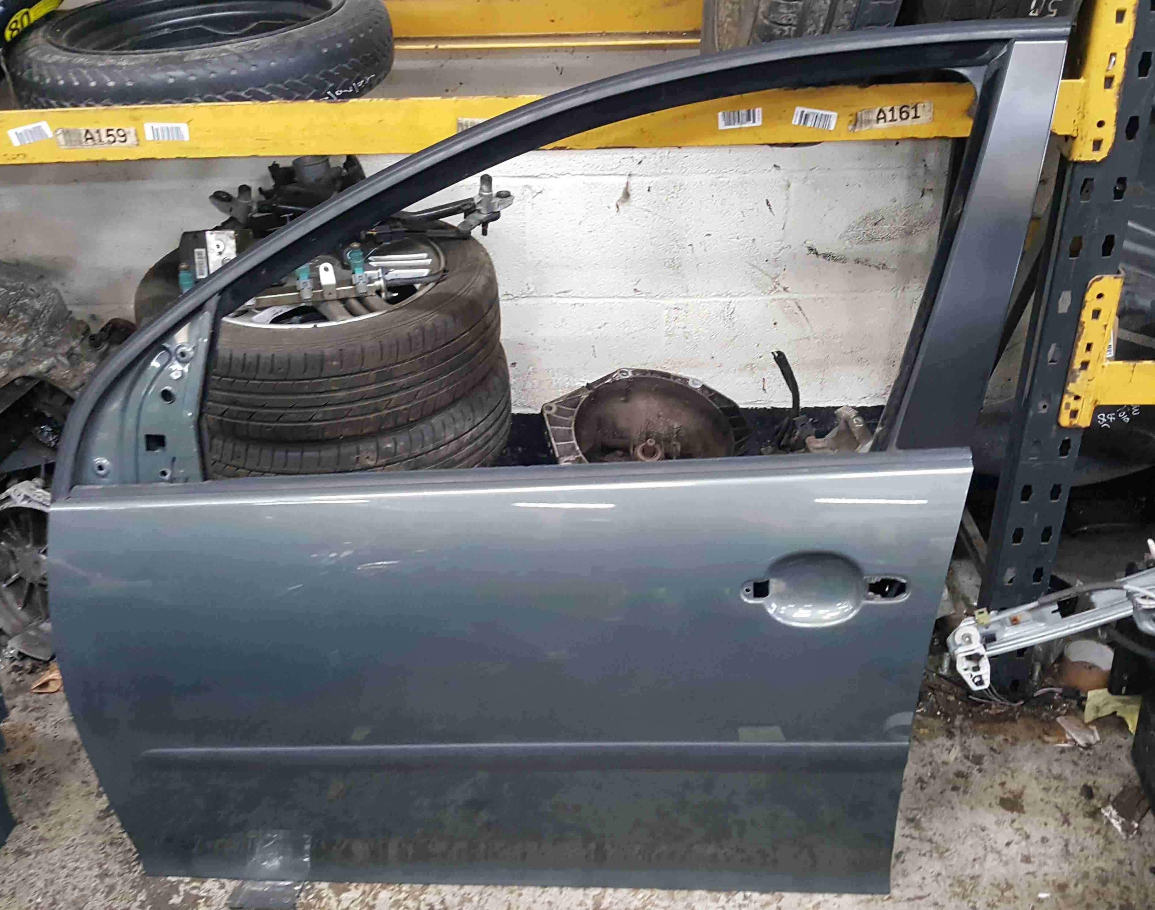 Volkswagen Golf MK5 2003-2009 Passenger NSF Front Door Sage Green LA6Q