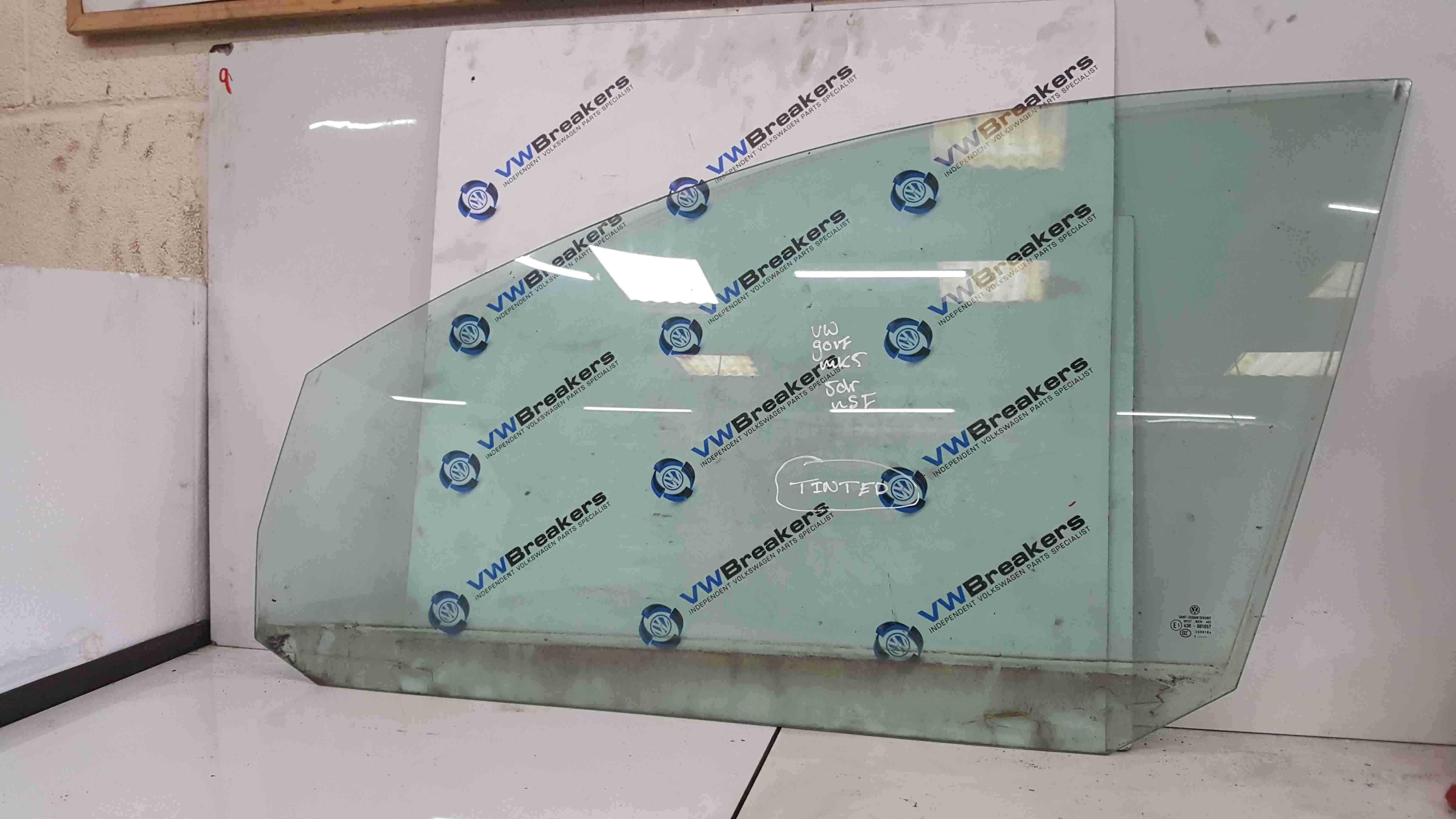 Volkswagen Golf MK5 2003-2009 Passenger NSF Front Window Glass 5dr Fact Tinted
