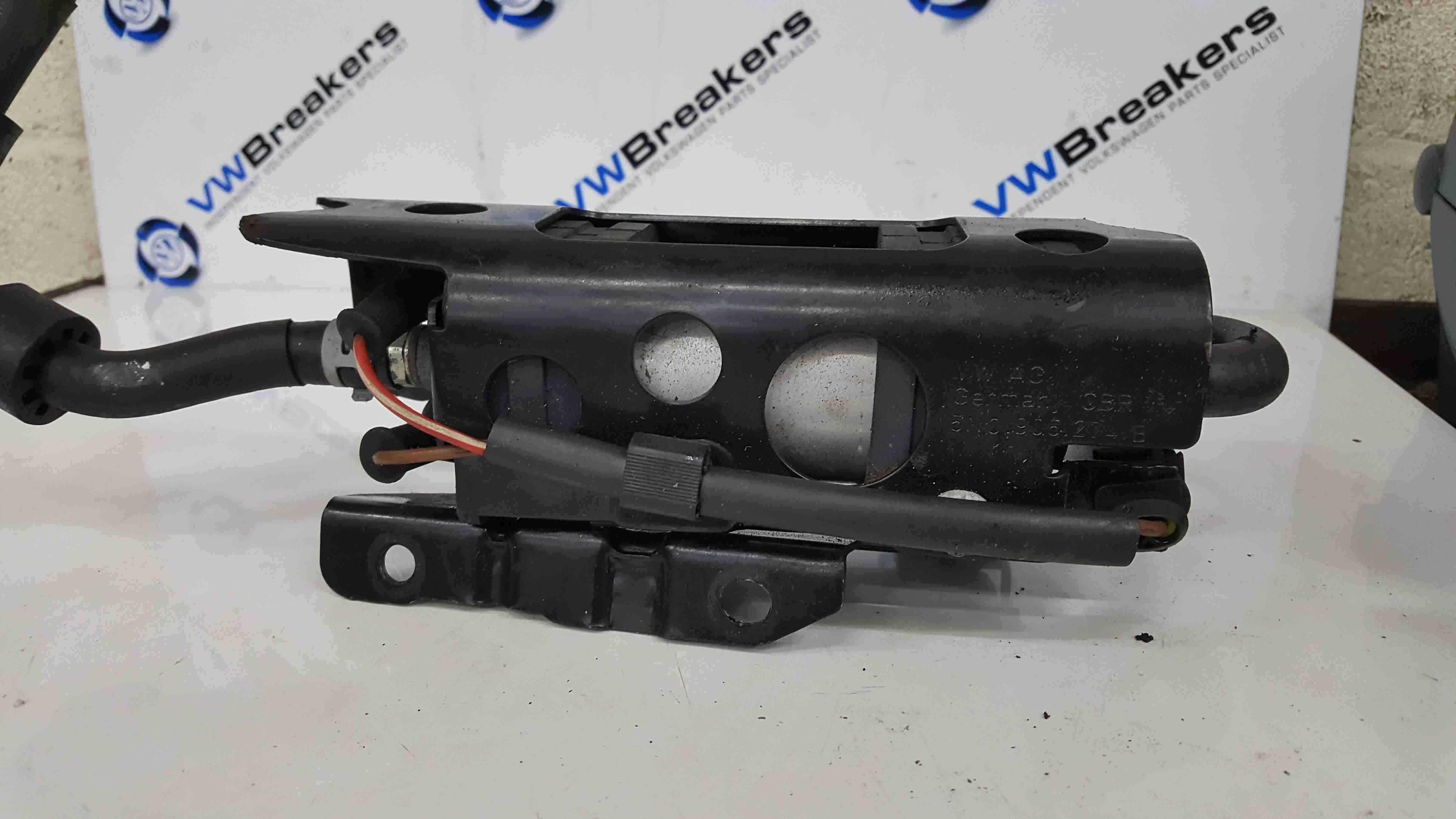 Volkswagen Golf MK6 2009-2012 2.0 TDi Fuel Pump Electric Fuel Control 1K0906089A