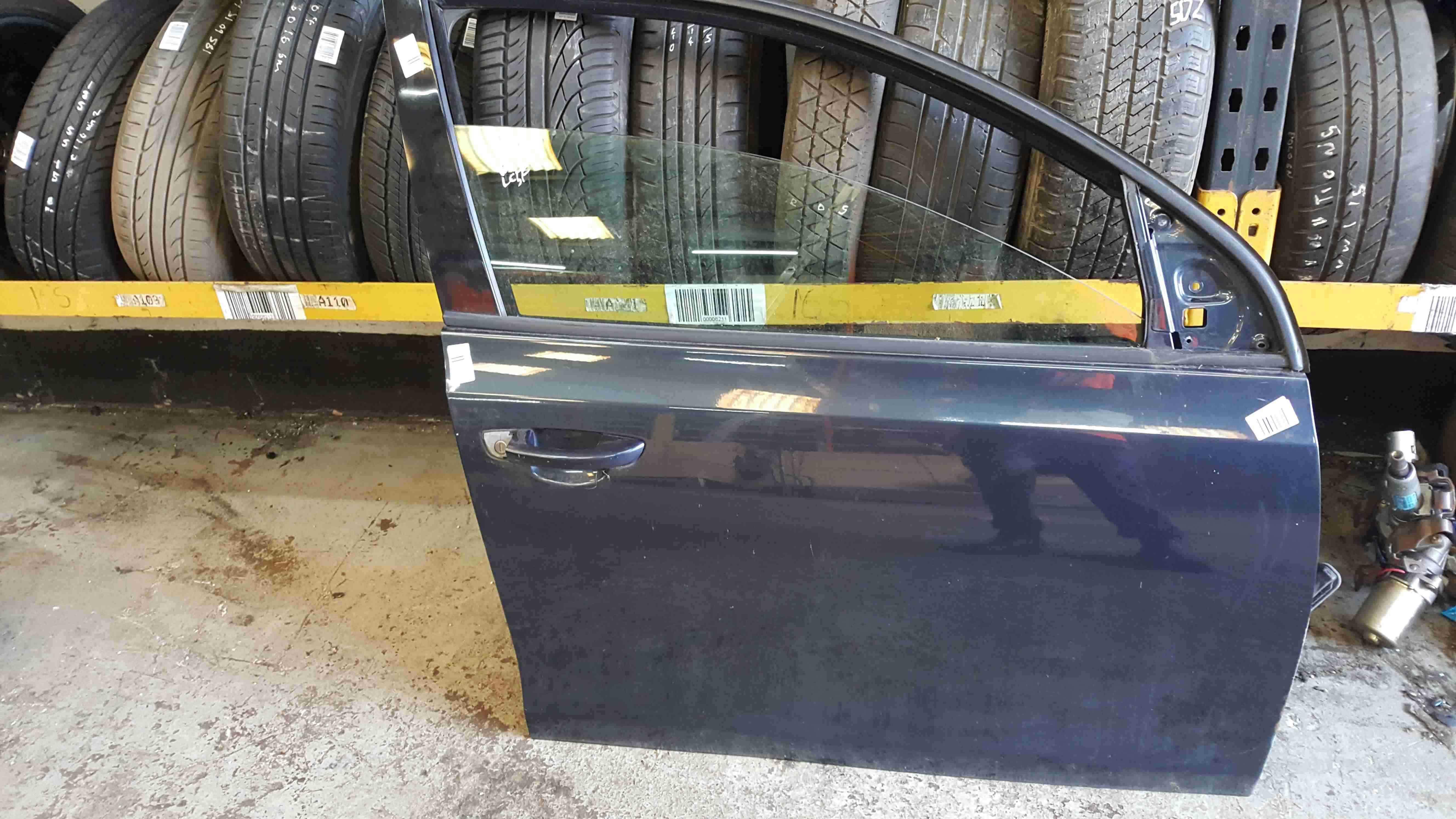 Volkswagen Golf MK6 2009-2012 Drivers OSF Front Door Blue Grey LC5F