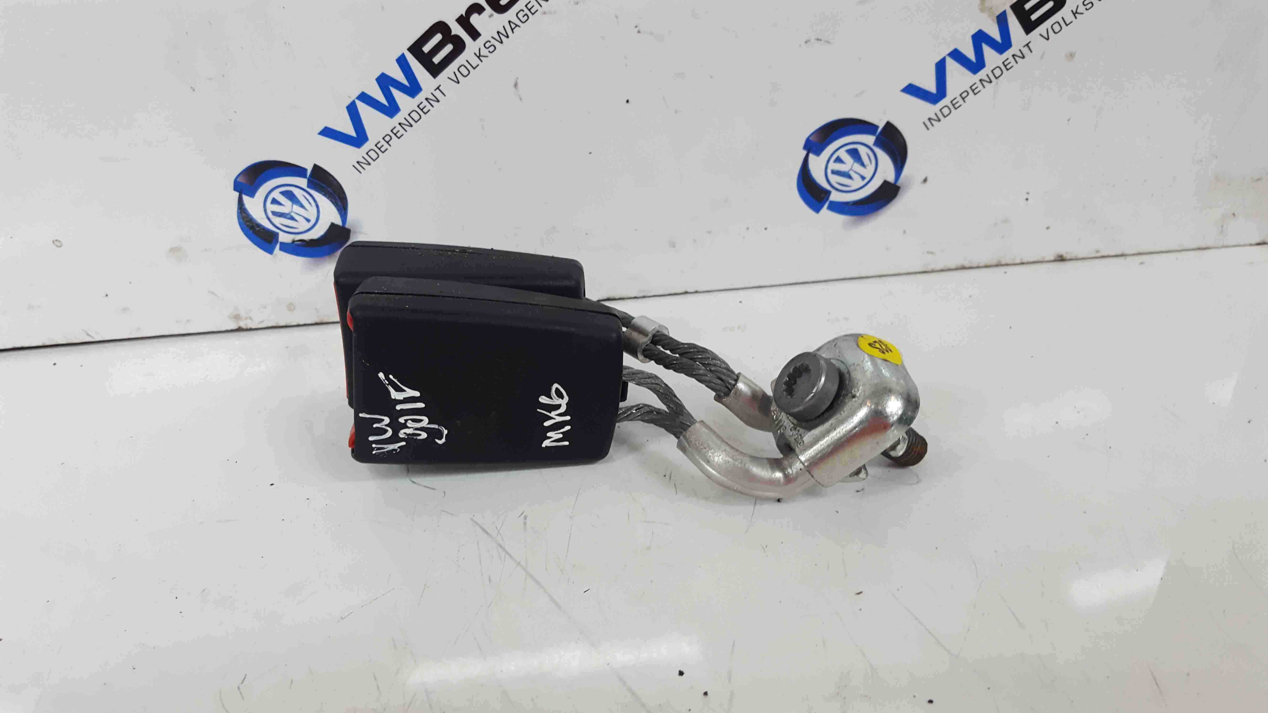 Volkswagen Golf MK6 2009-2012 Rear Seat Belt Buckle Anchors Clip 1K0857739M