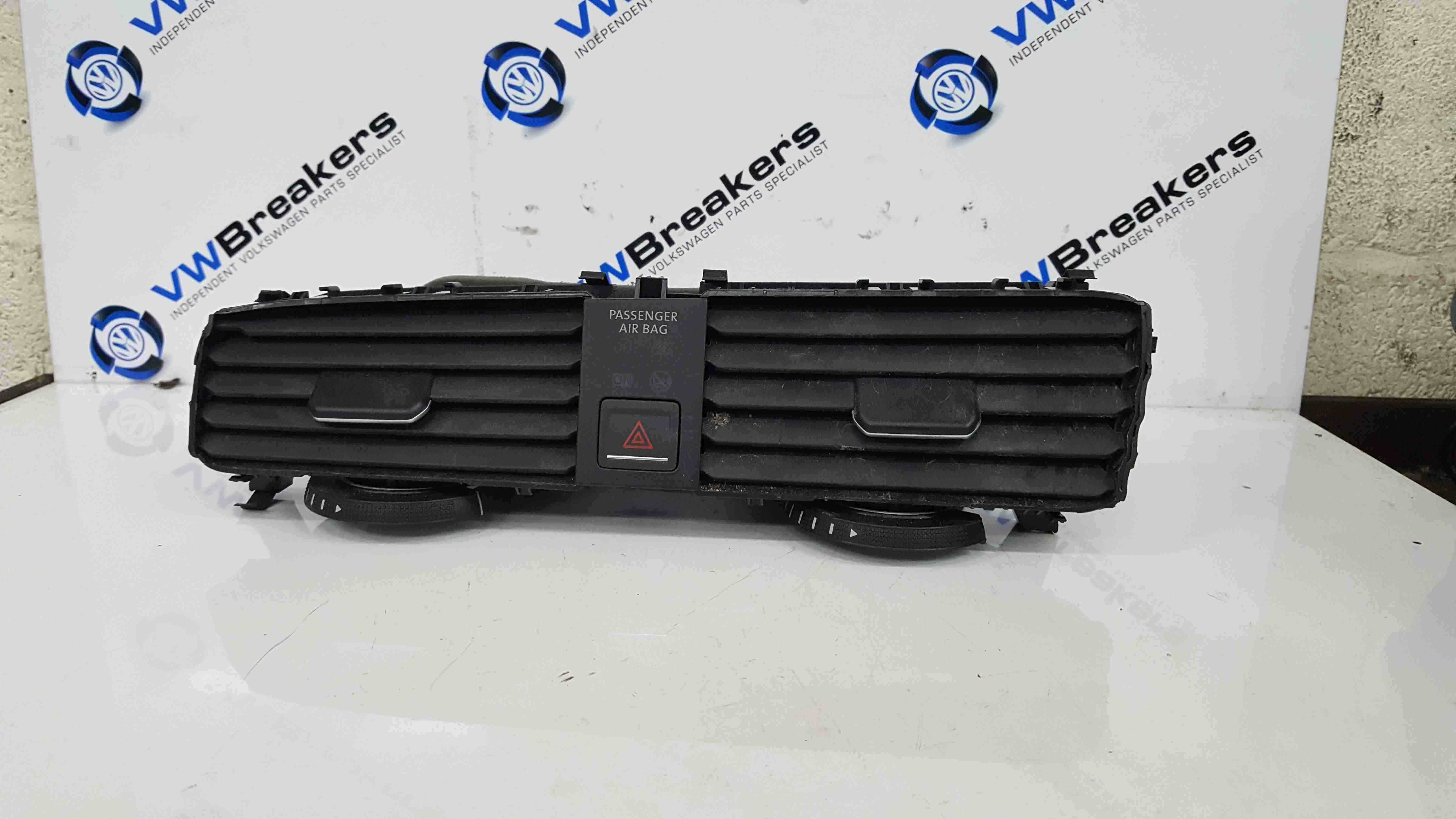 Volkswagen Golf MK7 2012-2017 Centre Heater Vents 5G2815736D