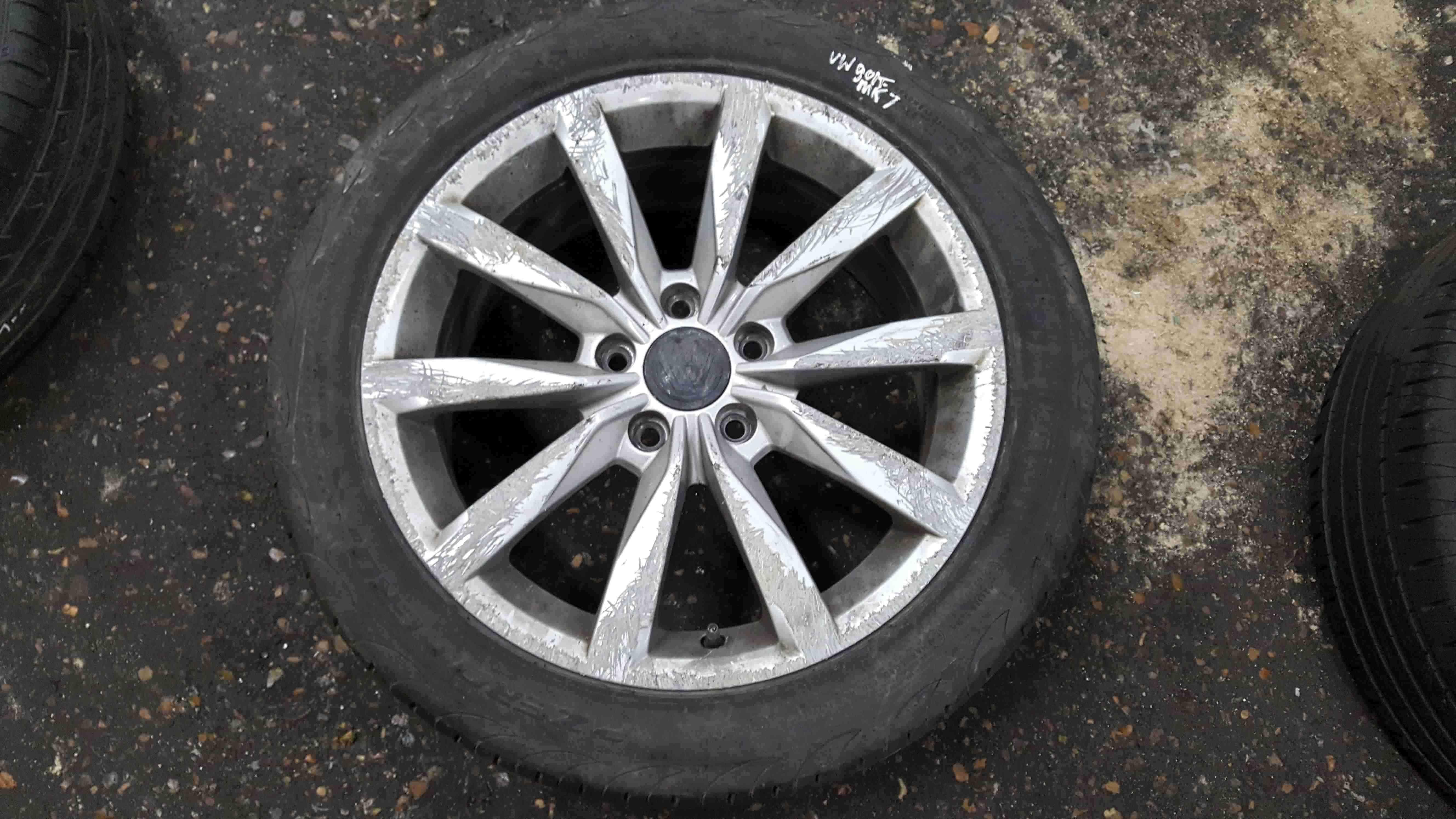 Volkswagen Golf MK7 2012-2017 Dijon Alloy Wheel 17inch Rim 5G0601025CH