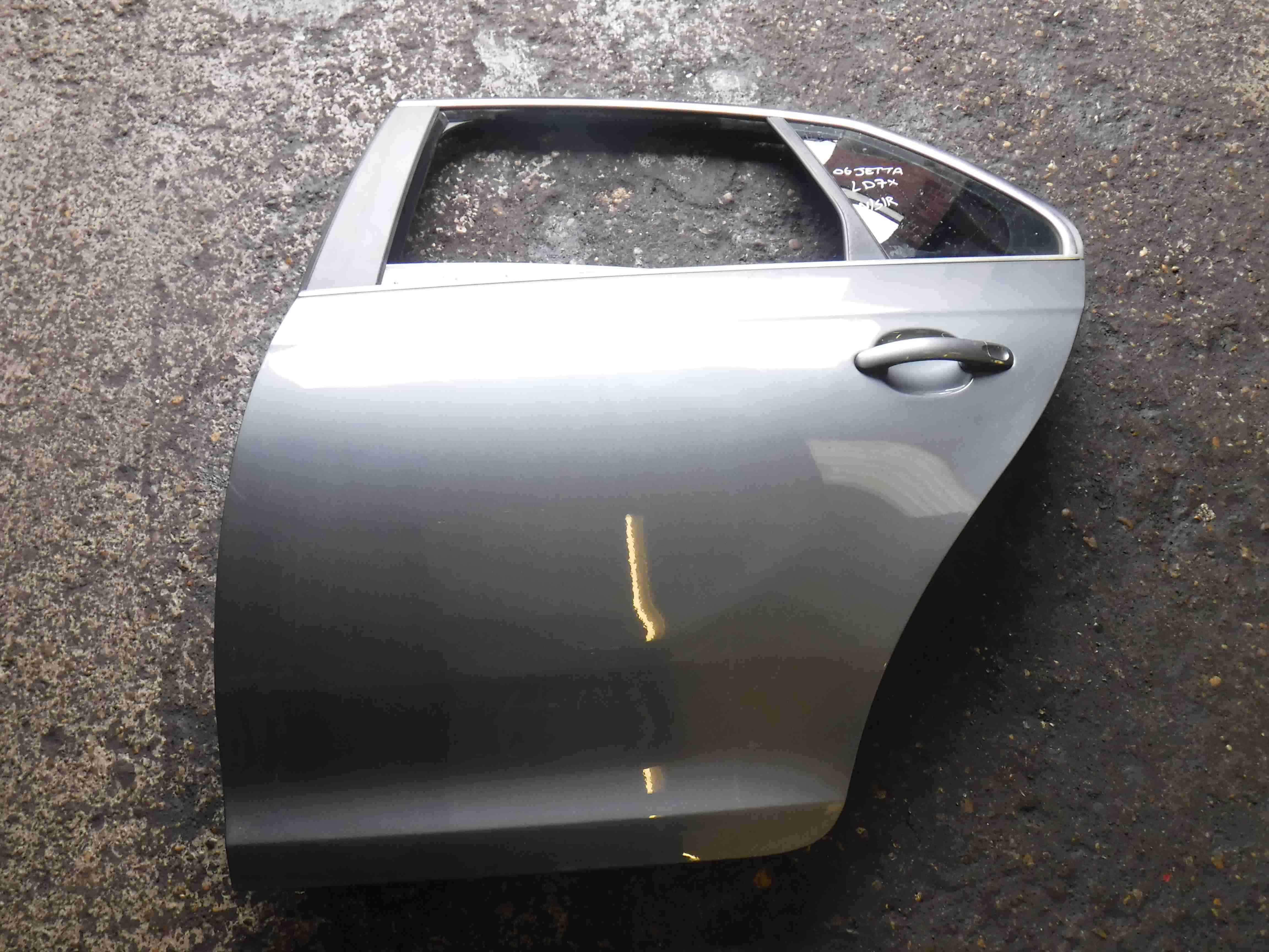 Volkswagen Jetta 2005-2011 A5 Passenger NSR Rear Door Grey LD7X