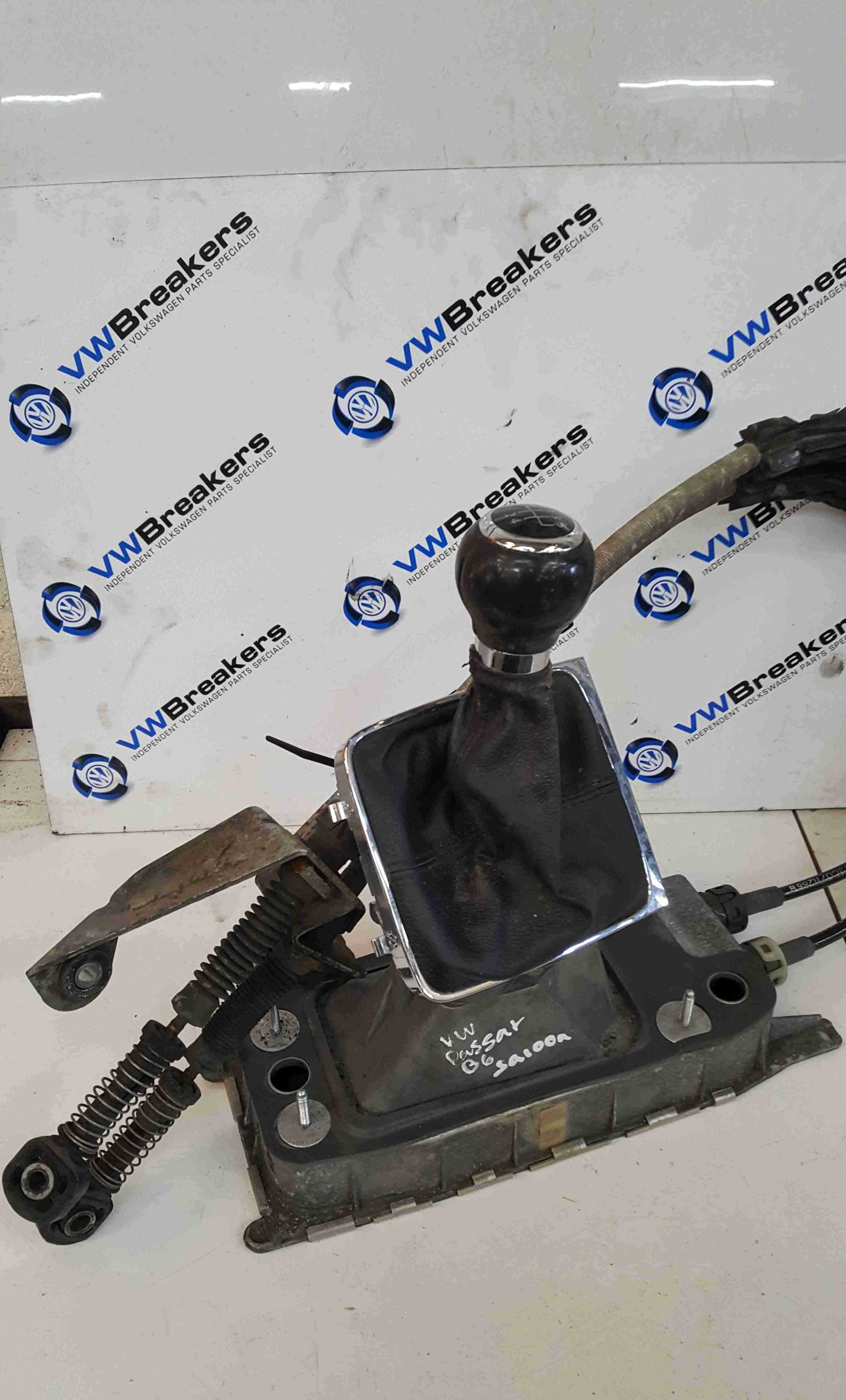 Volkswagen Passat B5 2005-2010 5 Speed Gearstick Mechanism + Cables 1K0711081A