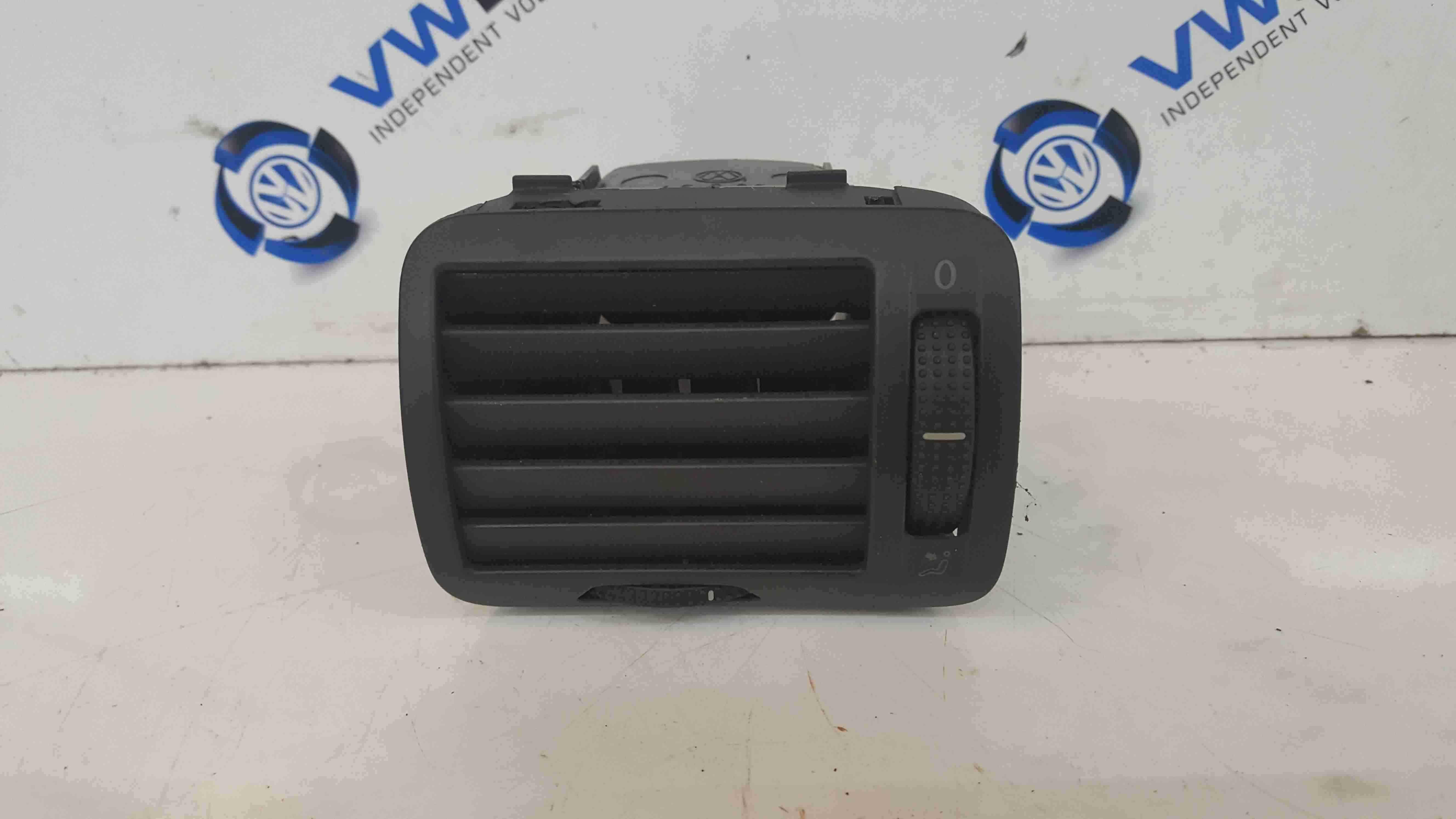 Volkswagen Passat B5.5 Passenger NSF Front Heater Vent 3B0819703D