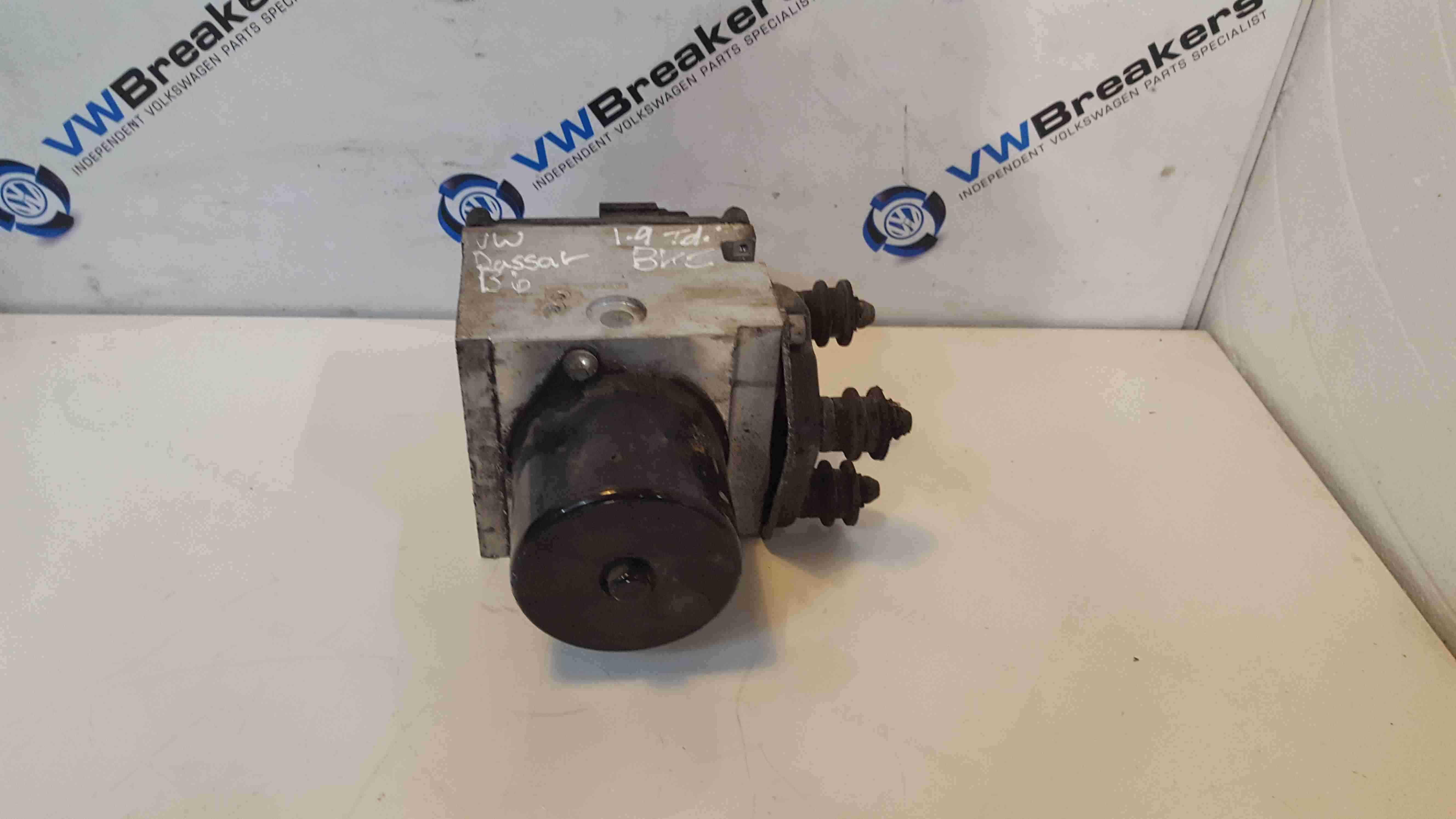 Volkswagen Passat B6 2005-2010 ABS Pump Unit 3C0614095M