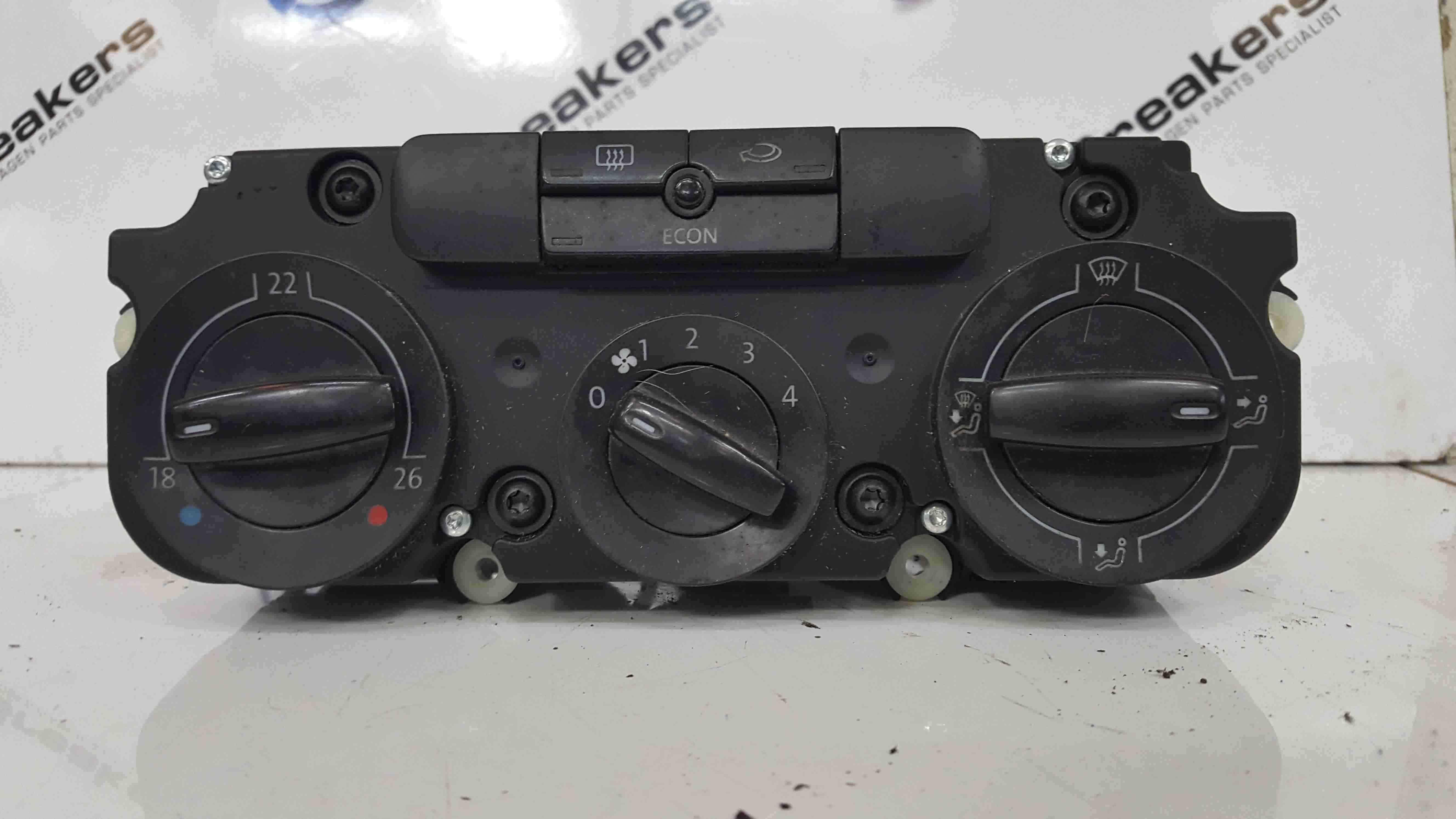 Volkswagen Passat B6 2005-2010 Heater Controls Switches Panel