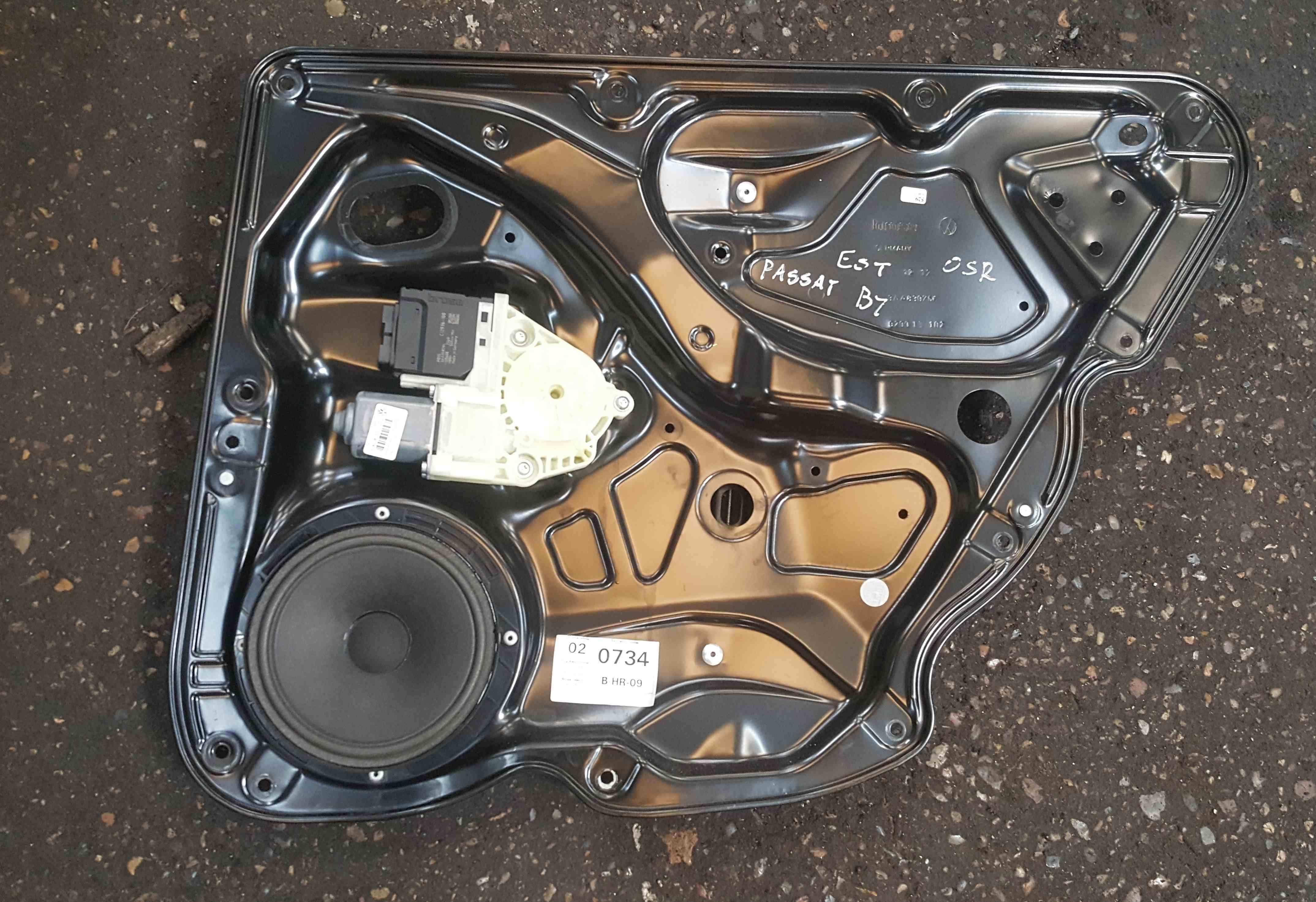 Volkswagen Passat B7 Est 2010-2015 Drivers OSR Rear Window Motor Regulator