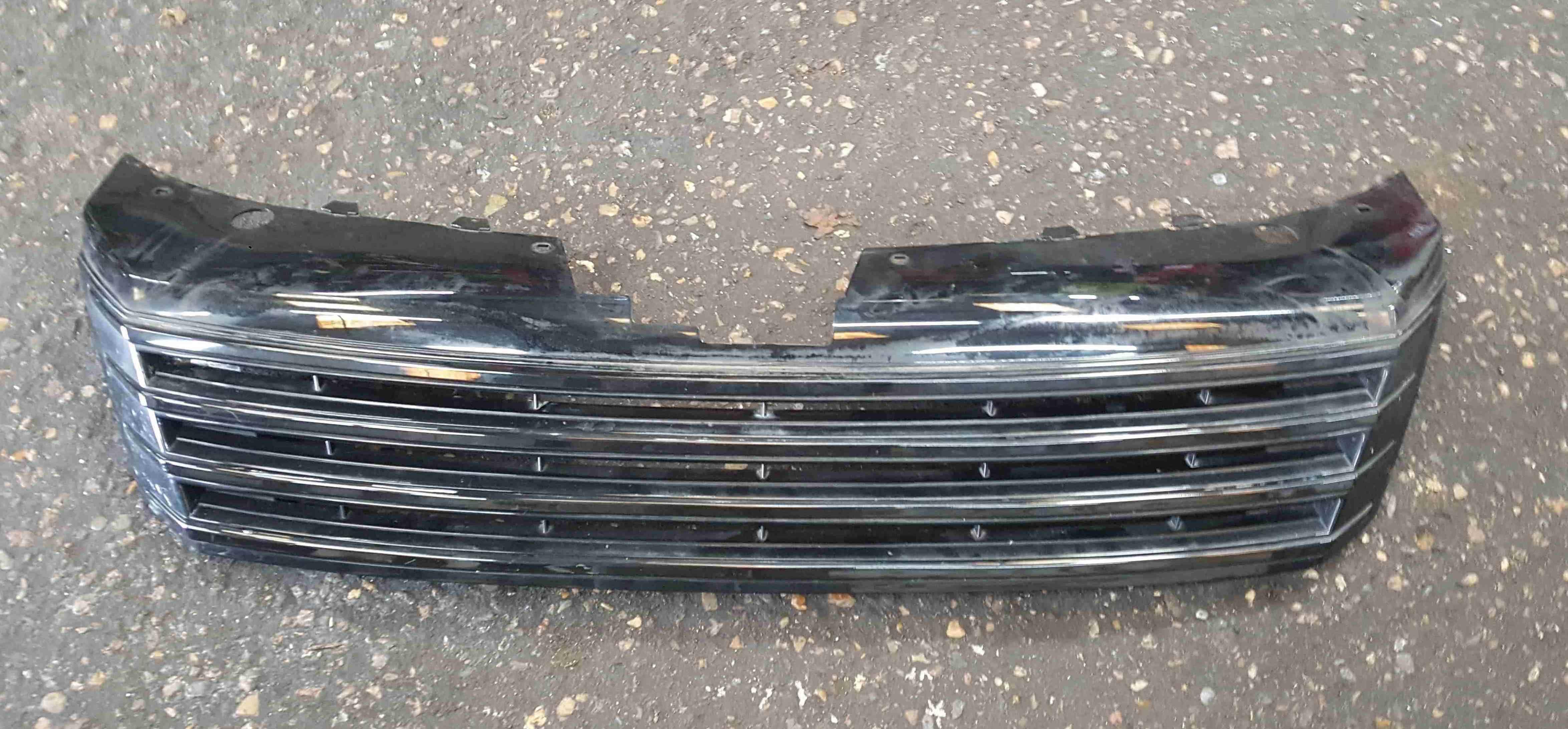 Volkswagen Passat B7 2010-2015 Front Bumper Grill Insert Black
