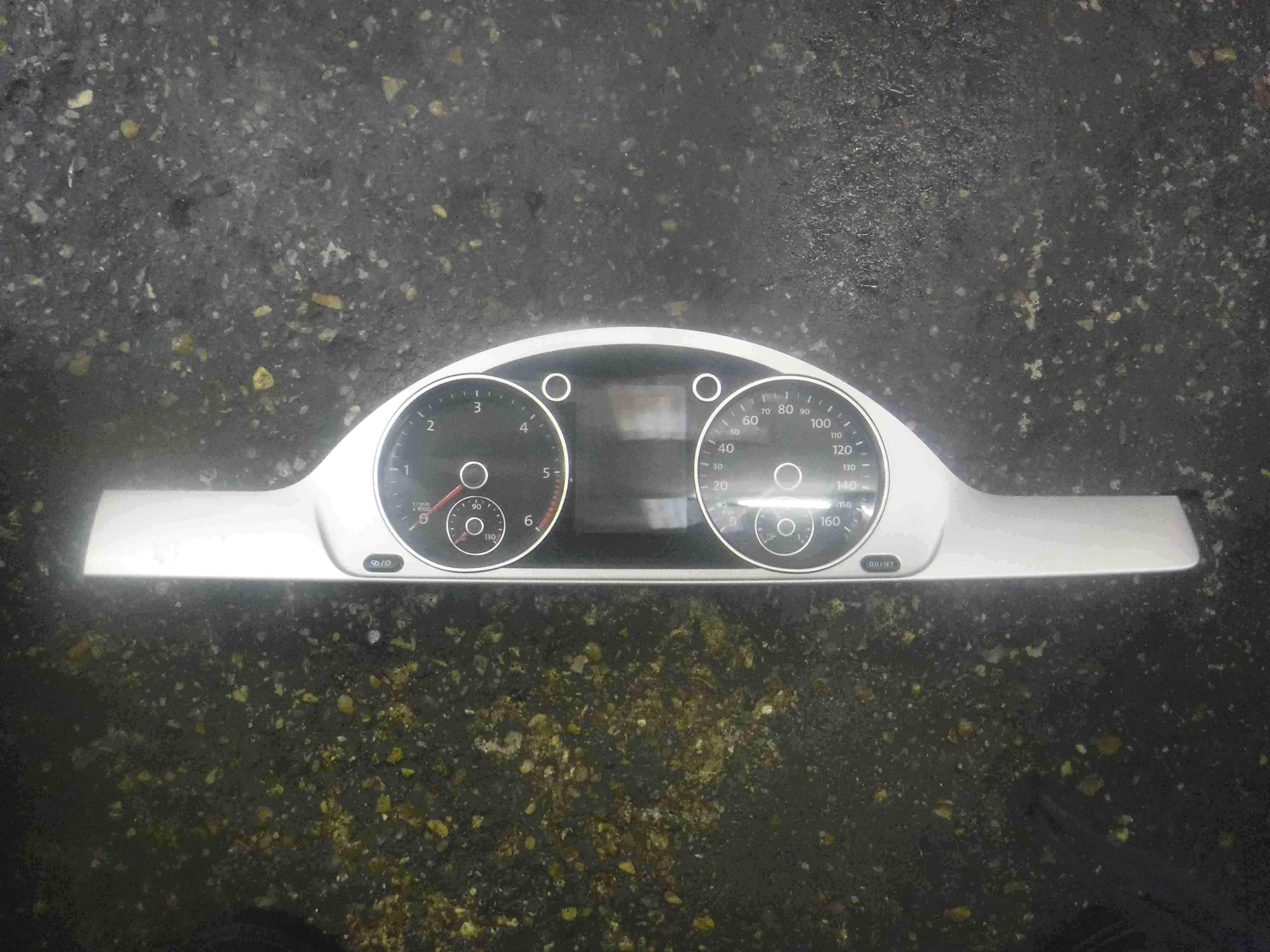 Volkswagen Passat B7 2010-2015 Instrument Panel Clocks Speedo Cluster  Panel