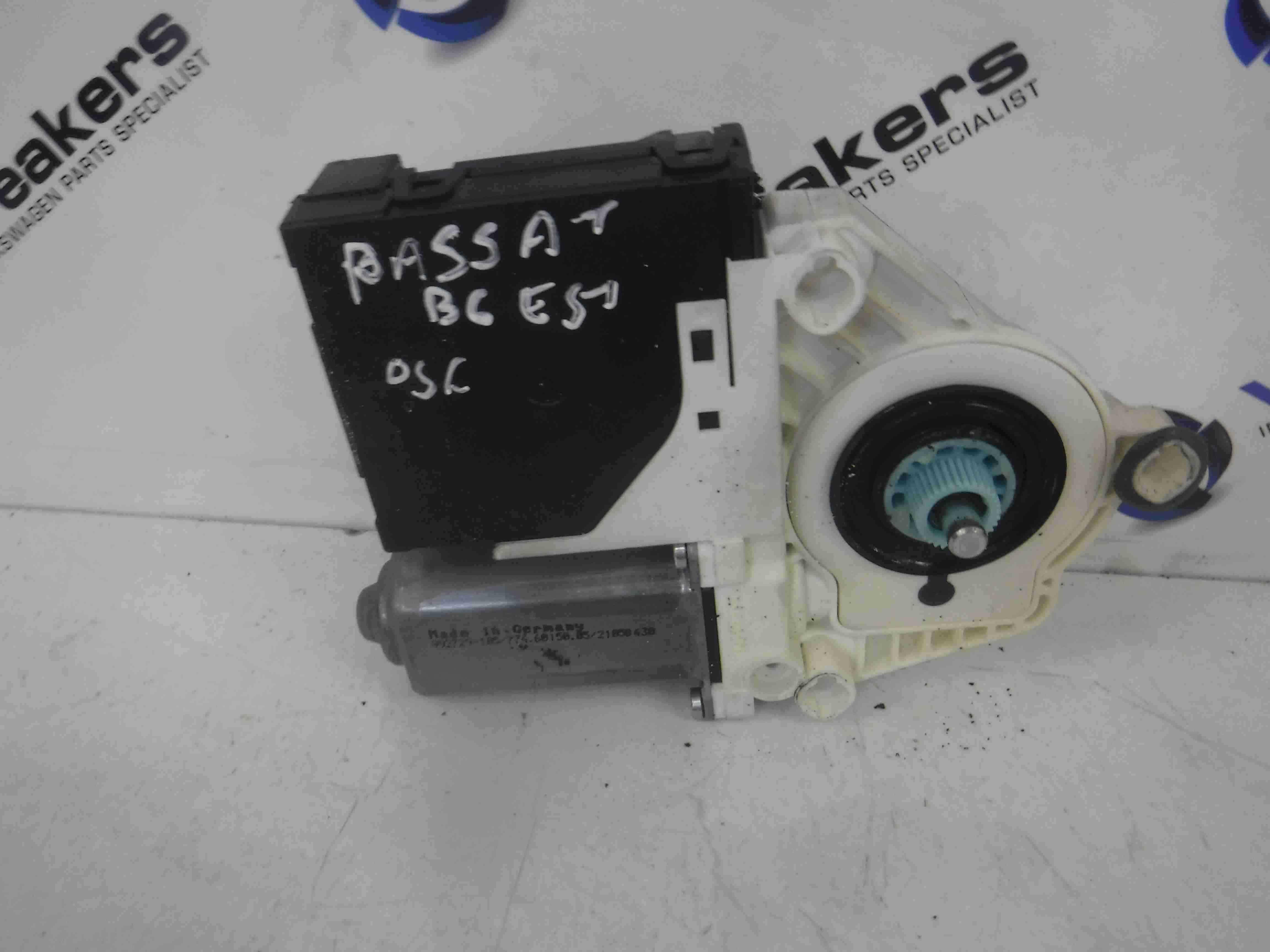 Volkswagen Passat B6 2005-2010 Drivers OSF Front Window Motor 1K0959793L