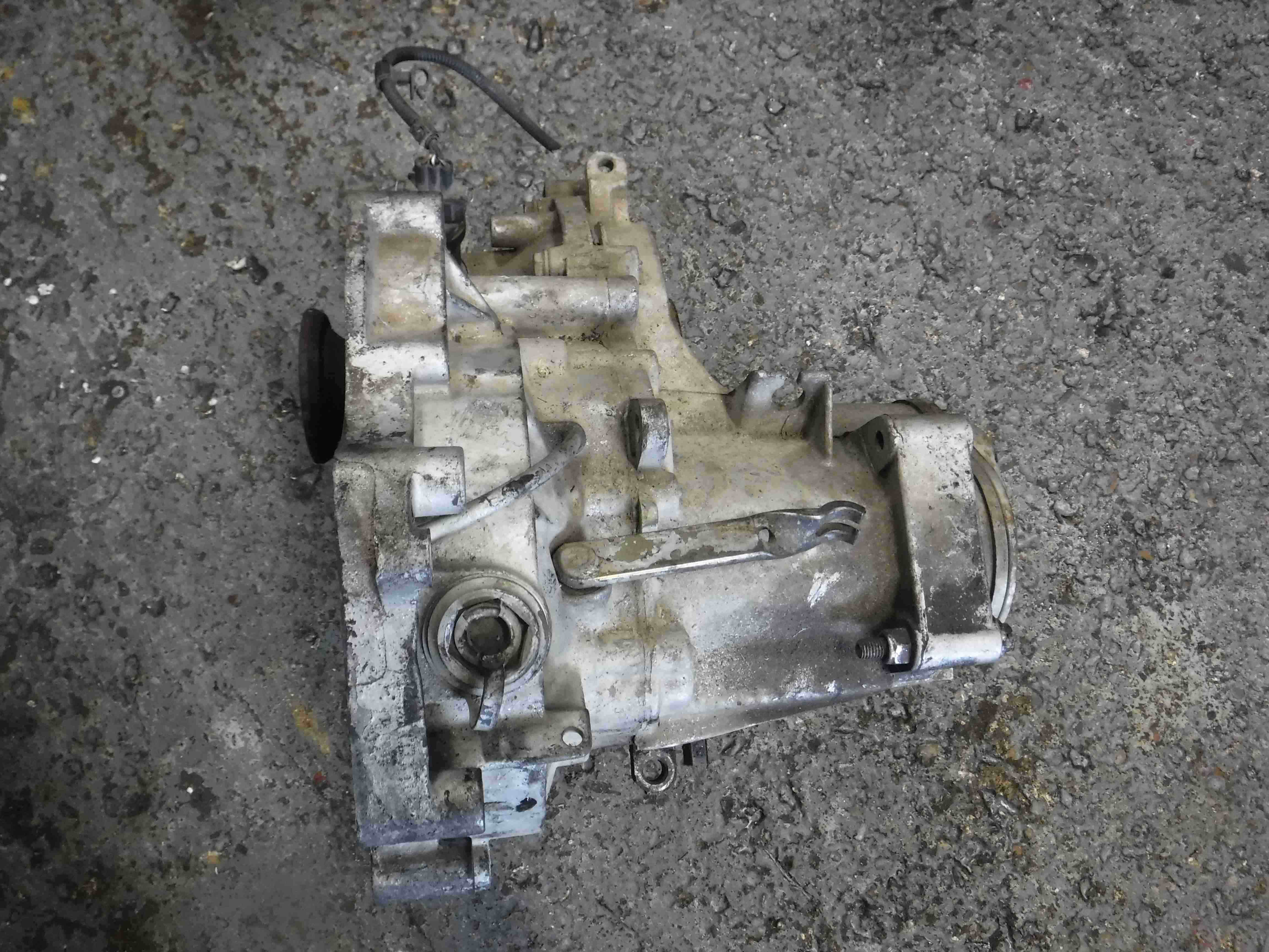 Volkswagen Polo 1999-2003 6N2 1.4 16v Gearbox Unknown Code