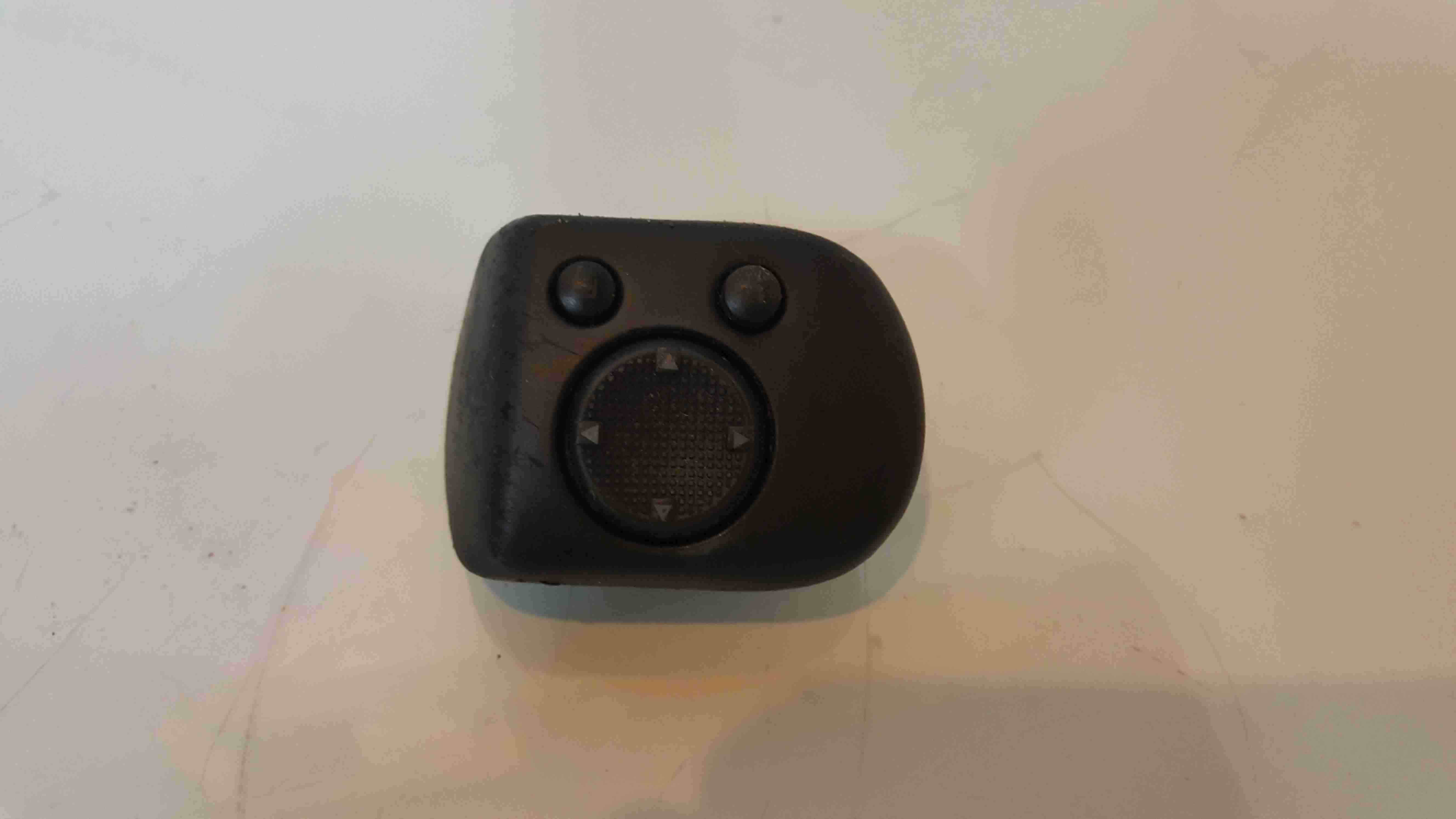 Volkswagen Polo 6N 1995-1999 Wing Mirror Adjuster Switch 1H2959565