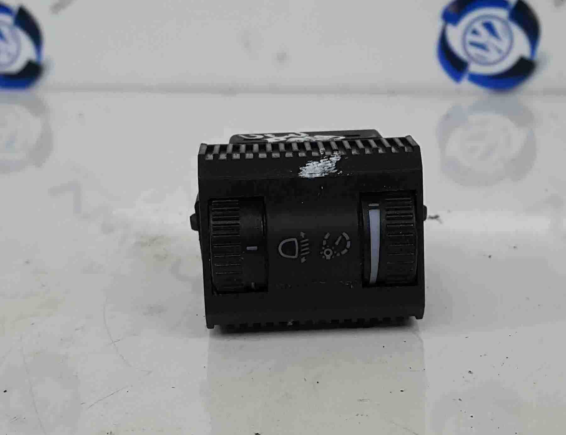 Volkswagen Polo 6R 2009-2014 Headlight Leveling Switch Dimmer 6R0941333