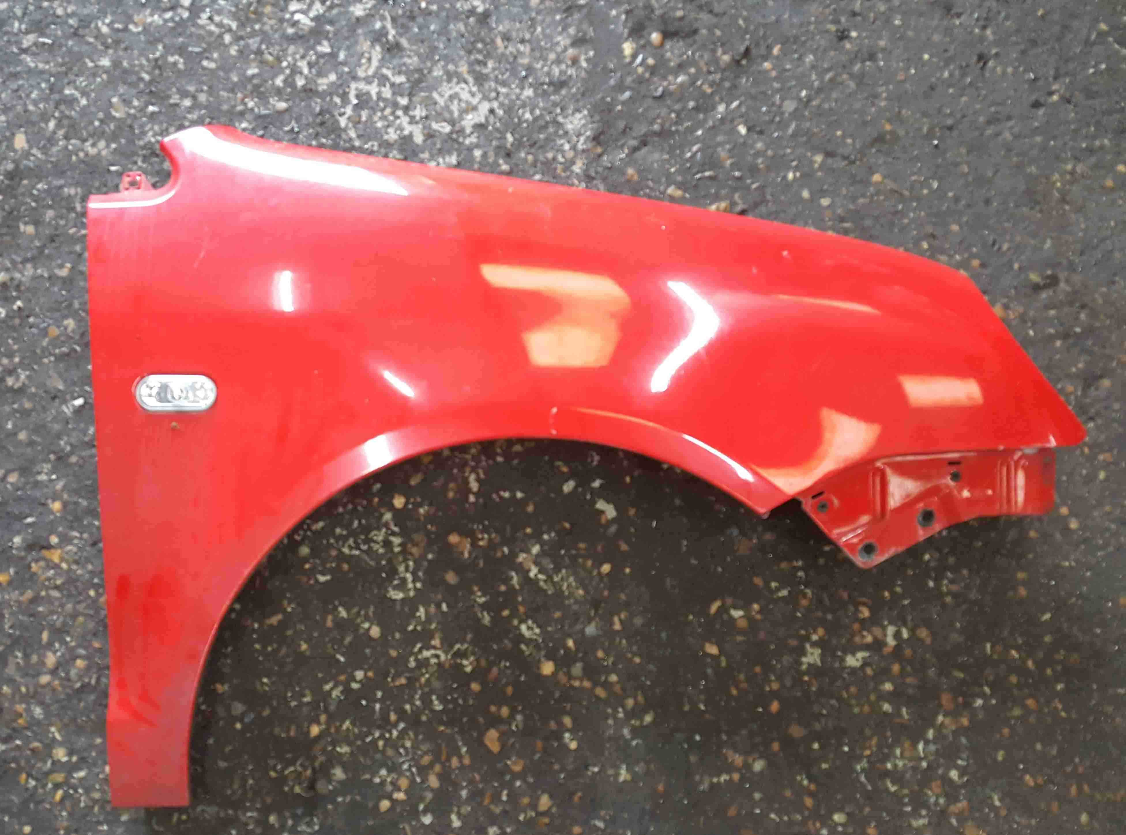 Volkswagen Polo 9N 2003-2006 Drivers OS Wing Red LP3G