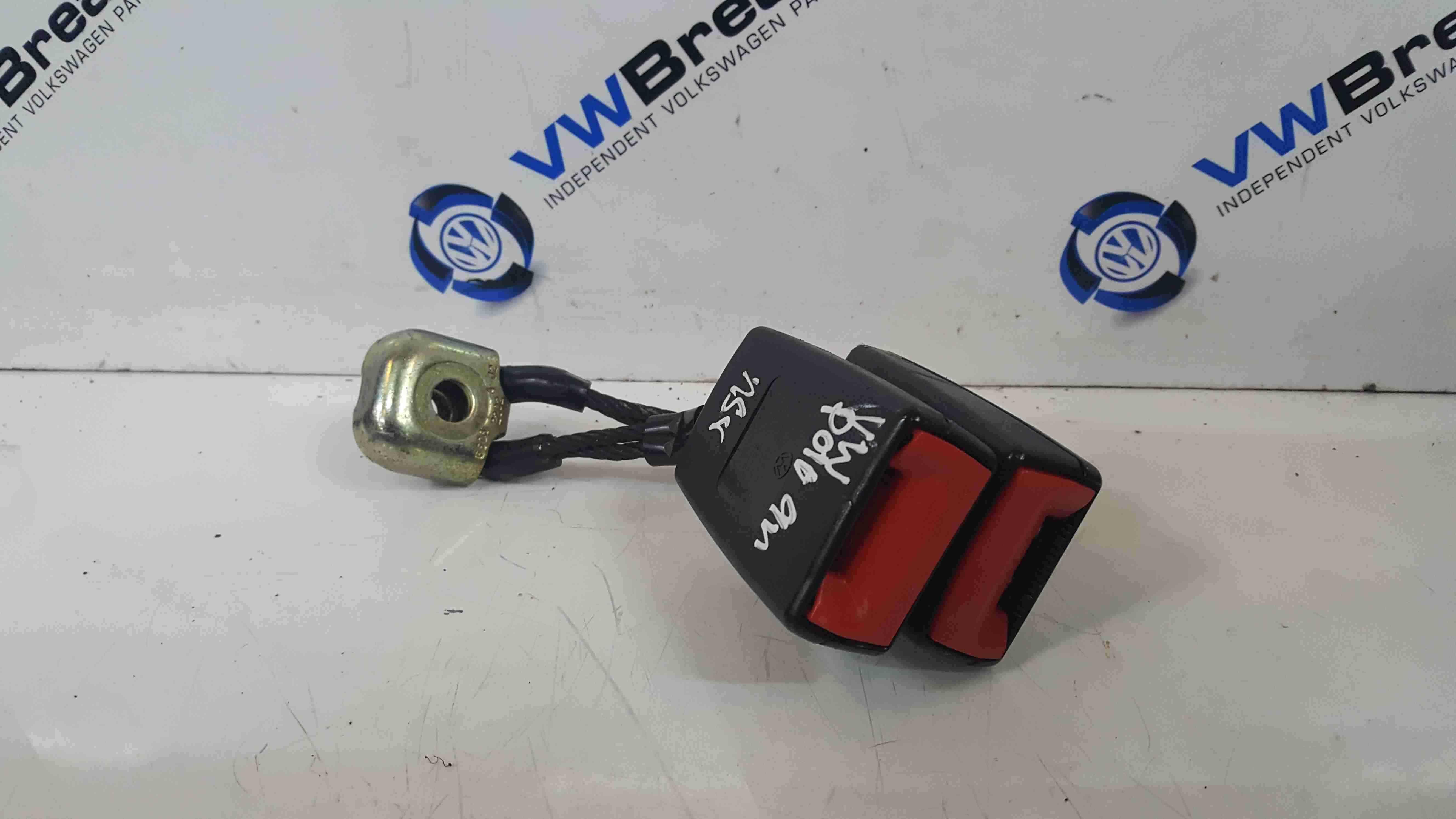 Volkswagen Polo 9N 2003-2006 Passenger NSR Rear Seat Belt Buckle Clip 6Q0857488C