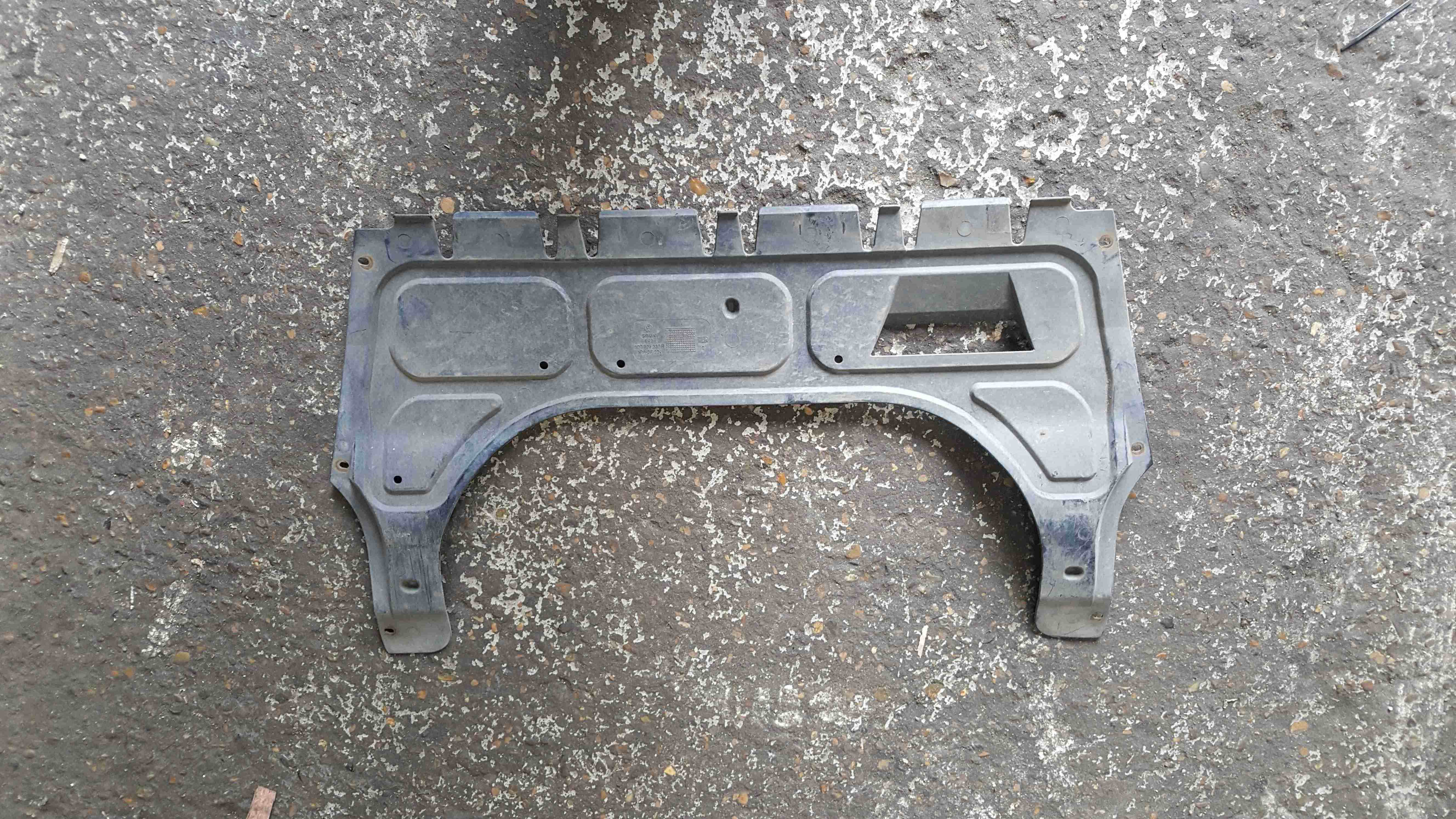 Volkswagen Polo 9N3 2006-2008 1.2 Undertray Cover 6Q0825237R