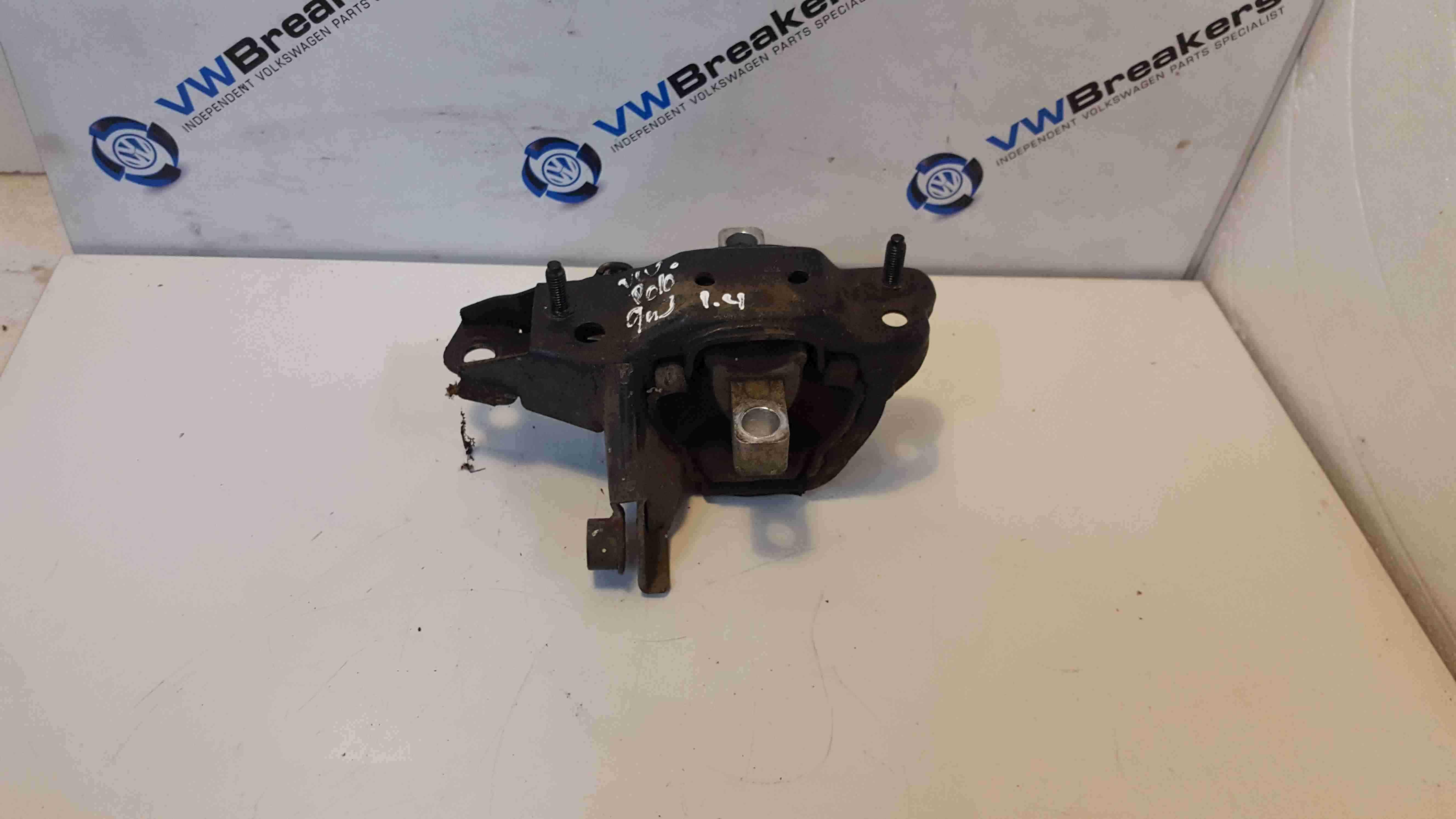 Volkswagen Polo 9N3 2006-2008 1.4 Gearbox Mount 6Q0199555