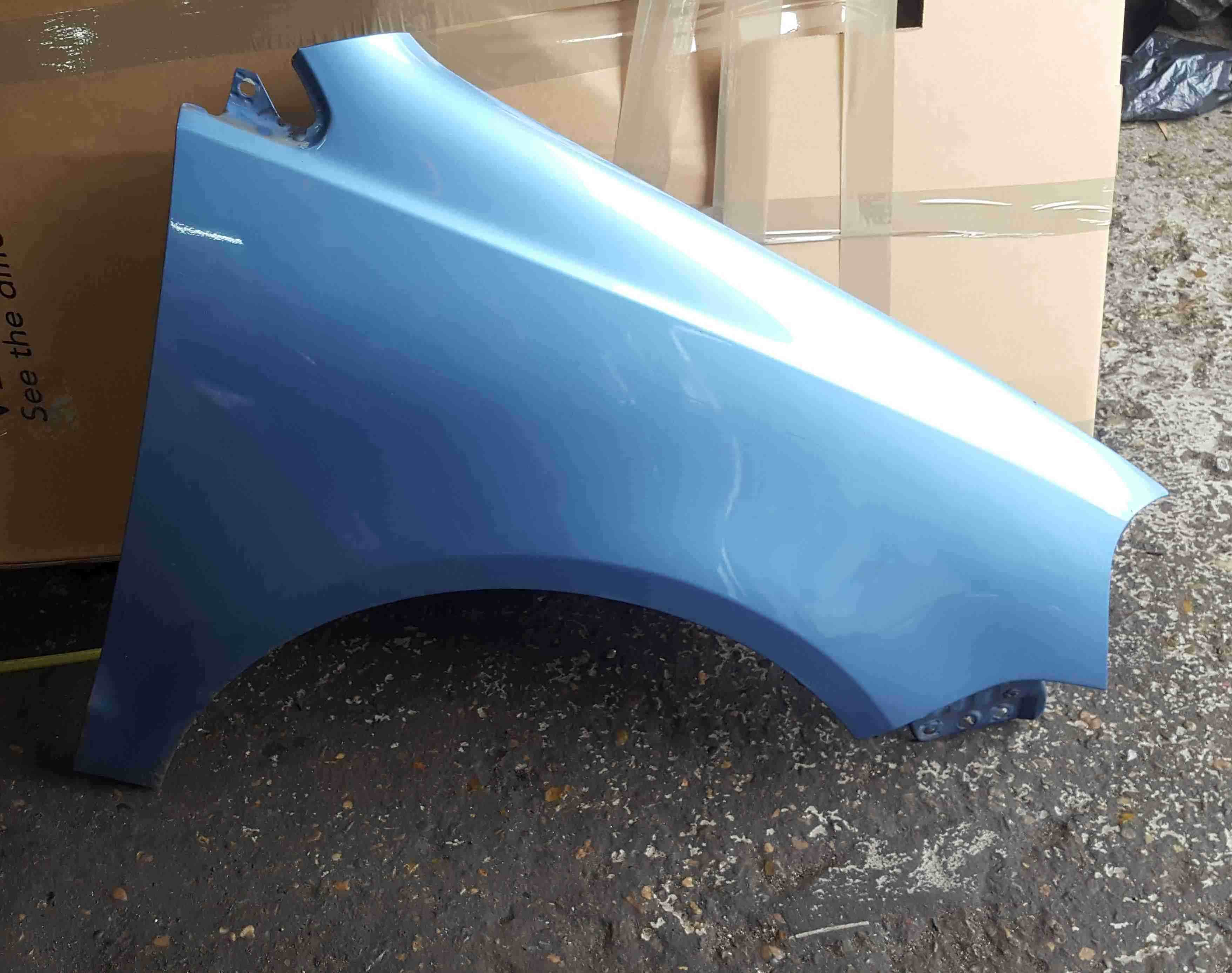Volkswagen Polo 9N3 2006-2008 Drivers OS Wing Blue LA5R