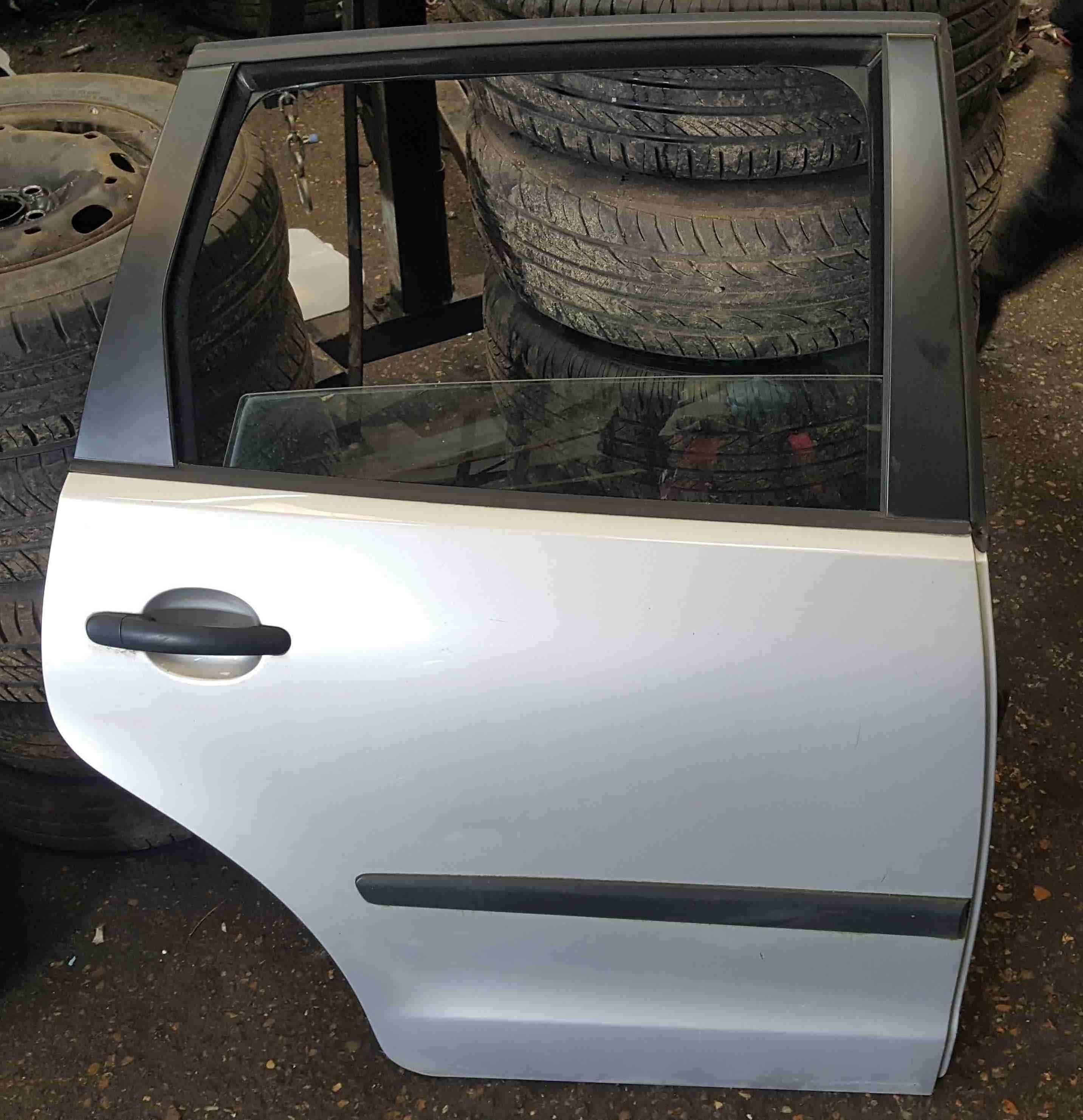 Volkswagen Polo 9N3 2006-2008 Drivers OSR Rear Door Silver LA7W