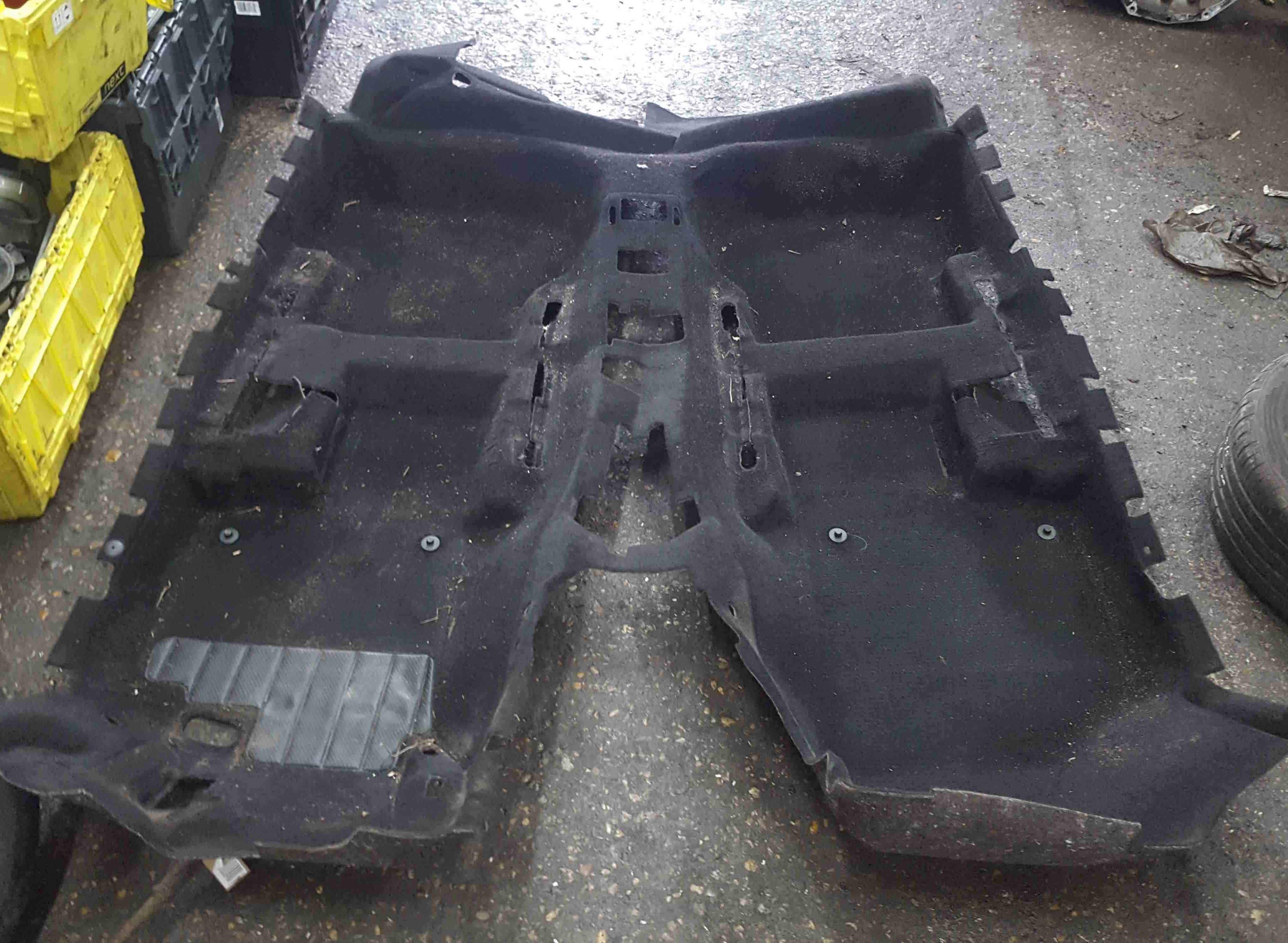 Volkswagen Scirocco 2008-2014 Full Black Carpet