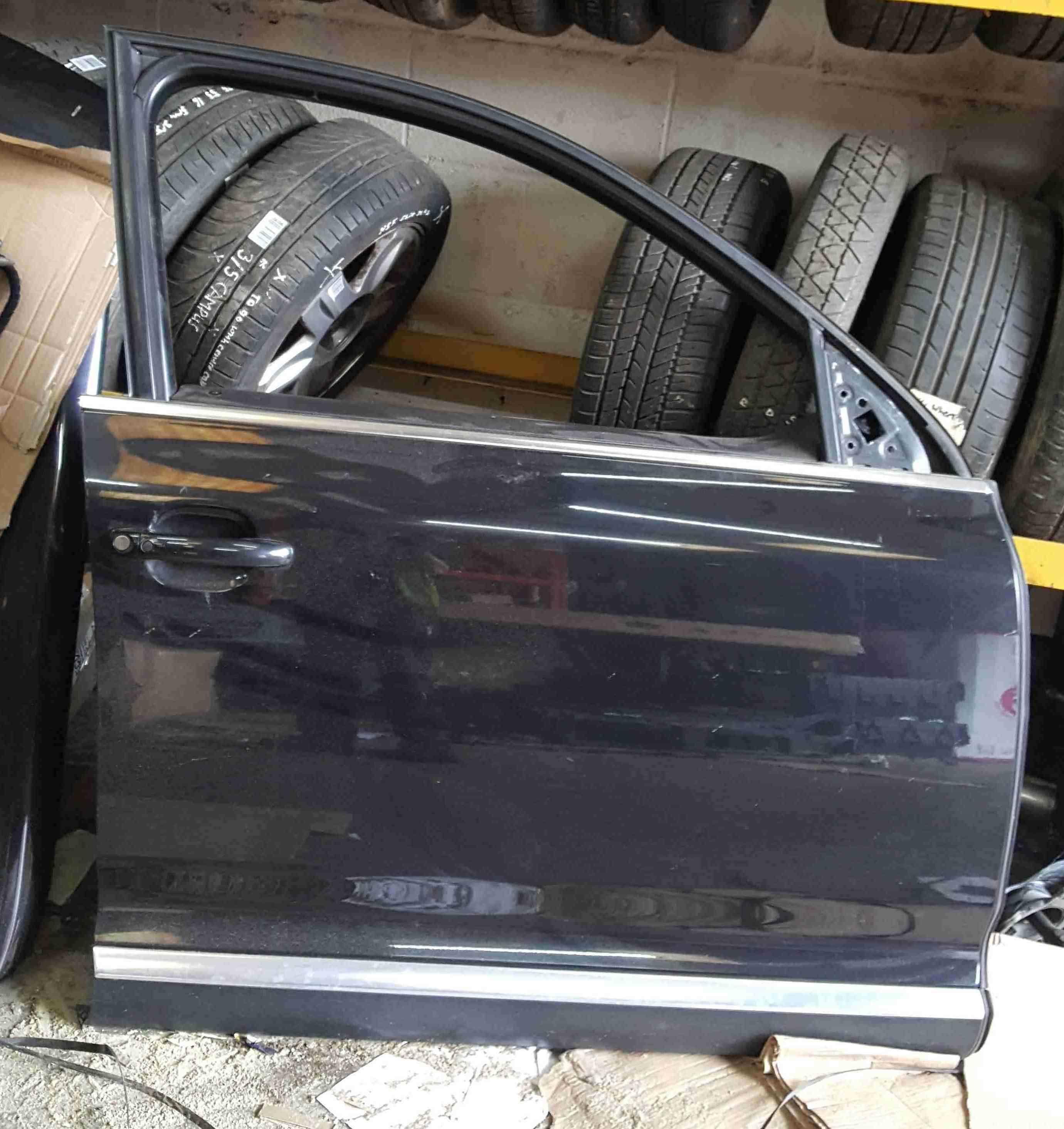 Volkswagen Touareg 2002-2007 Drivers OSF Front Door Black LC9Z