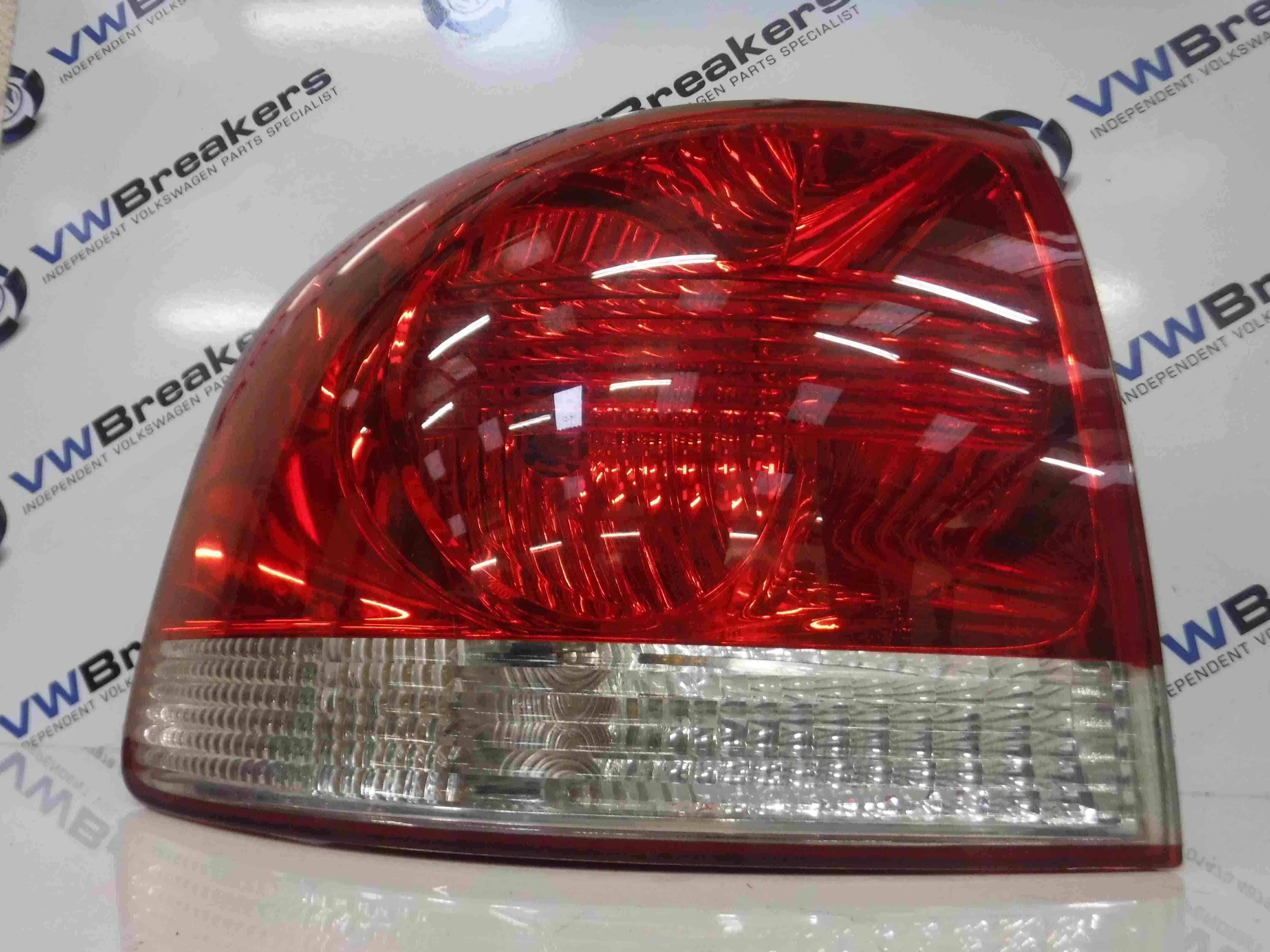Volkswagen Touareg 2002-2007 Passenger NSR Rear Light Body 7L6945095K