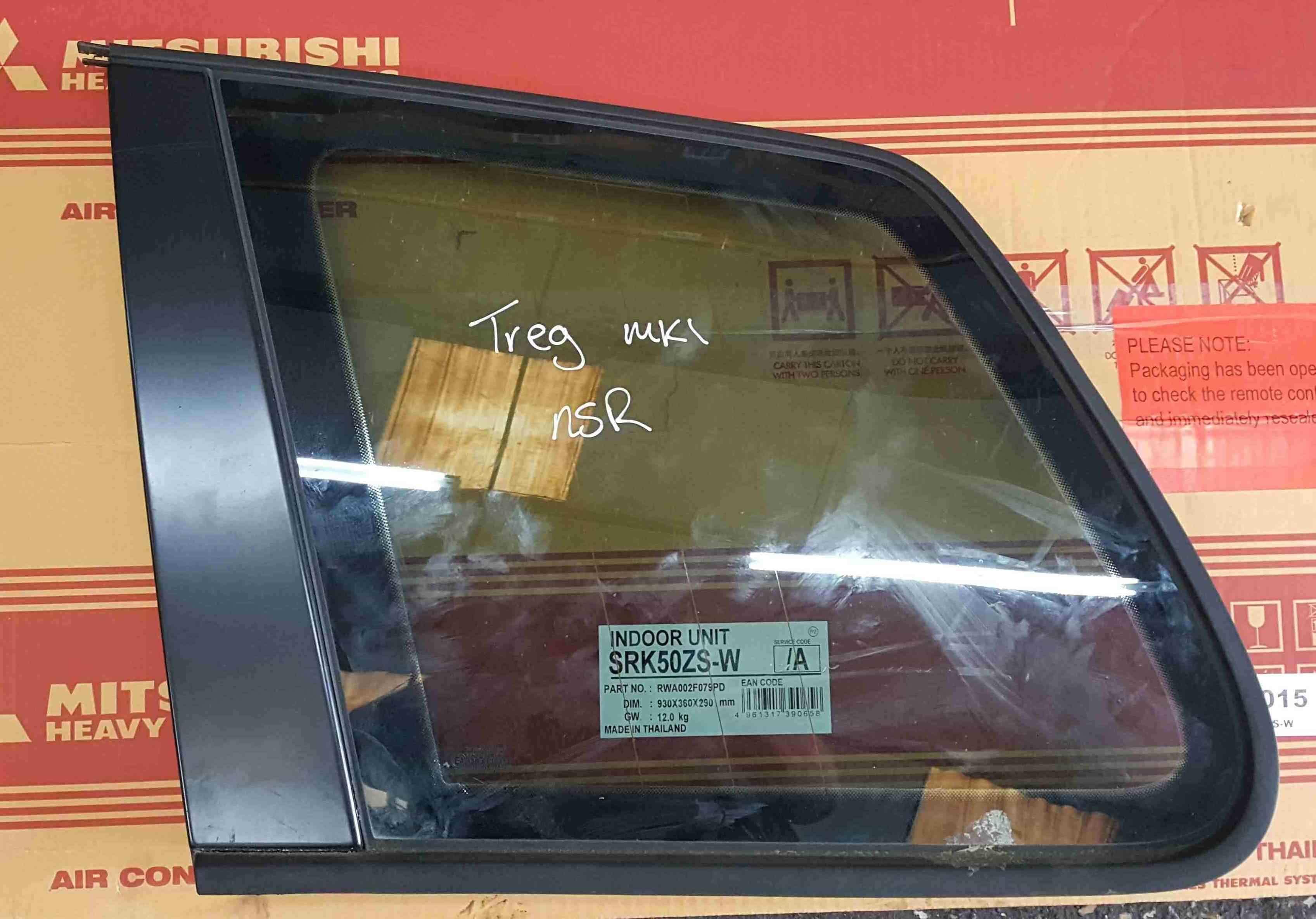 Volkswagen Touareg 2003-2006 Passenger NSR Rear Boot Glass Window